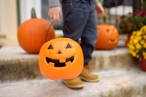 Image for Hershey's new website maps out how to trick-or-treat safely across the United States