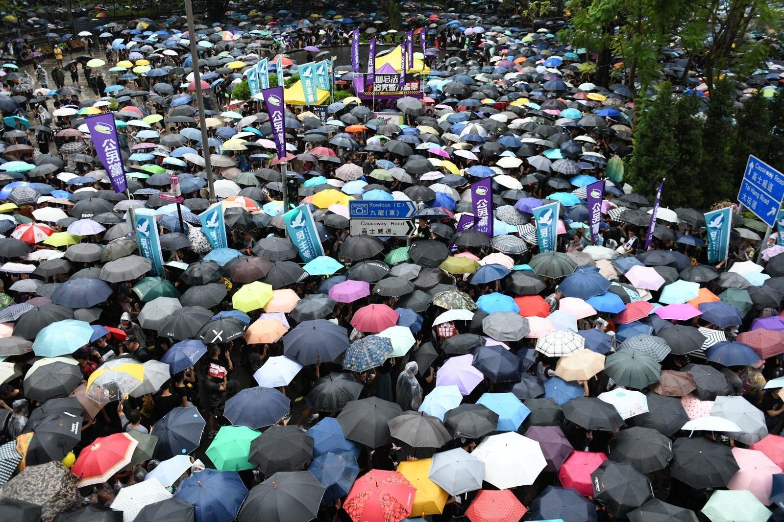 Hong Kong's subway operator says it will shut down service at signs of violence