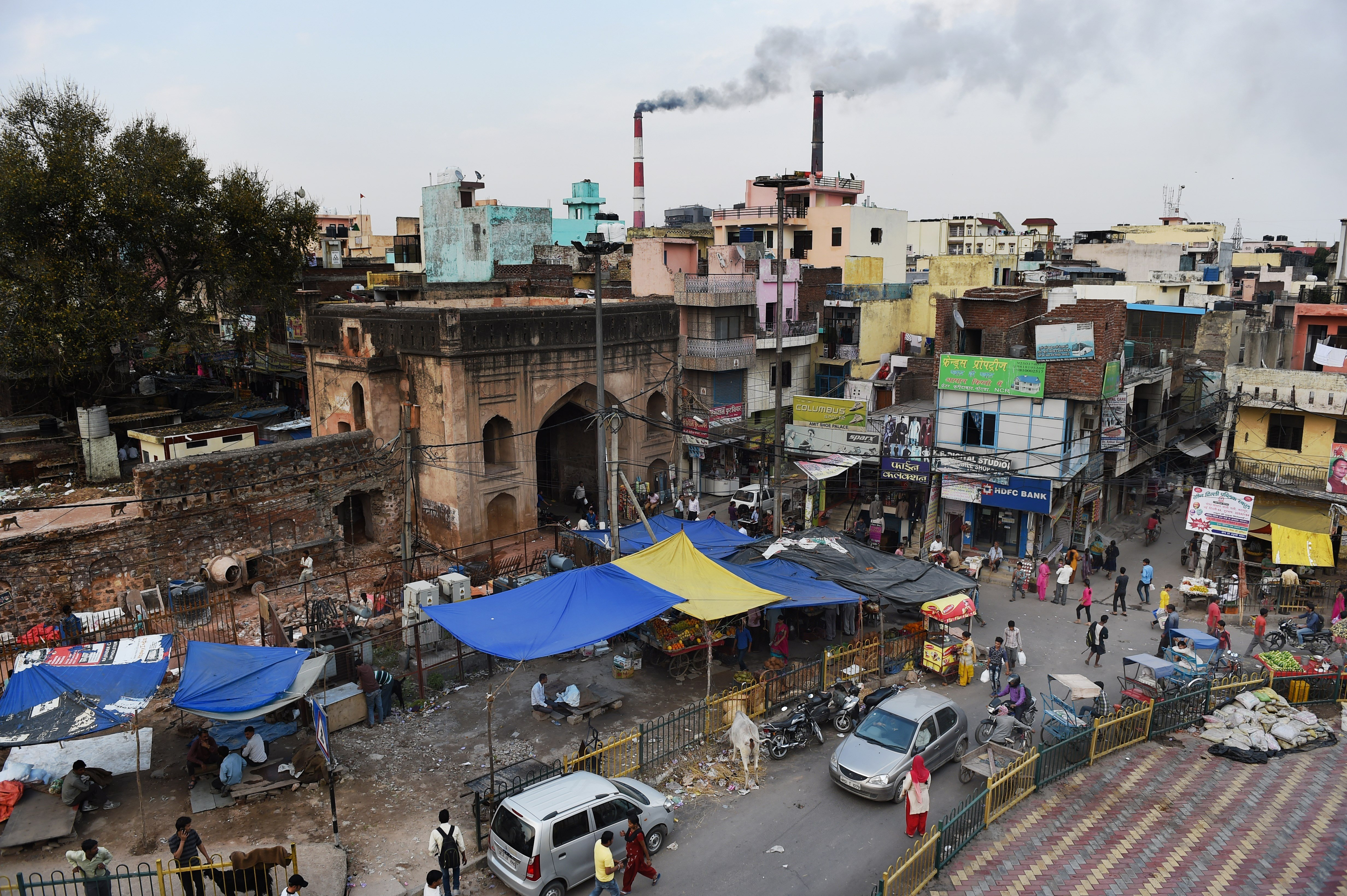 India slashes business taxes in a bid to boost growth