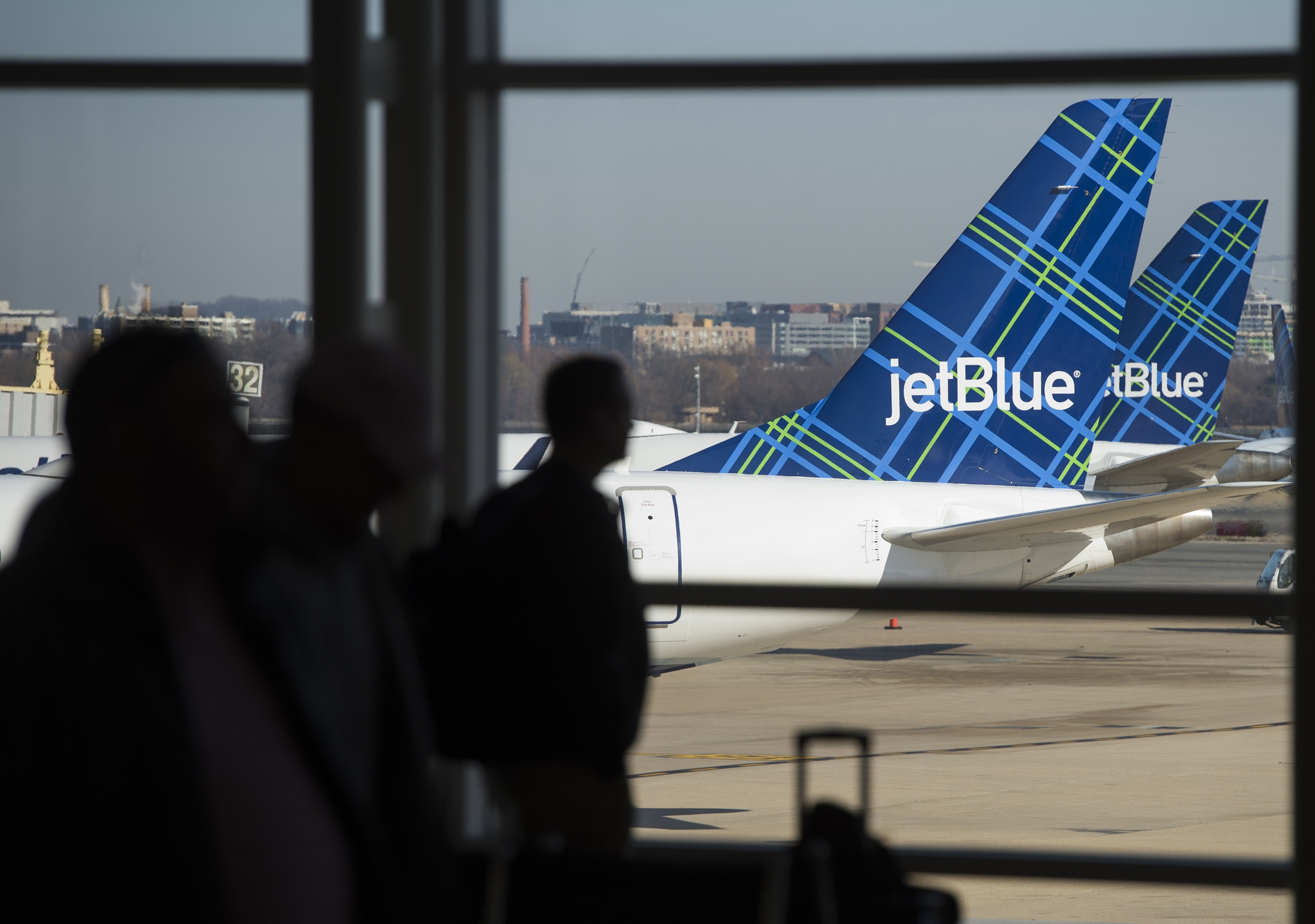 Checking your bag on JetBlue is about to get more expensive