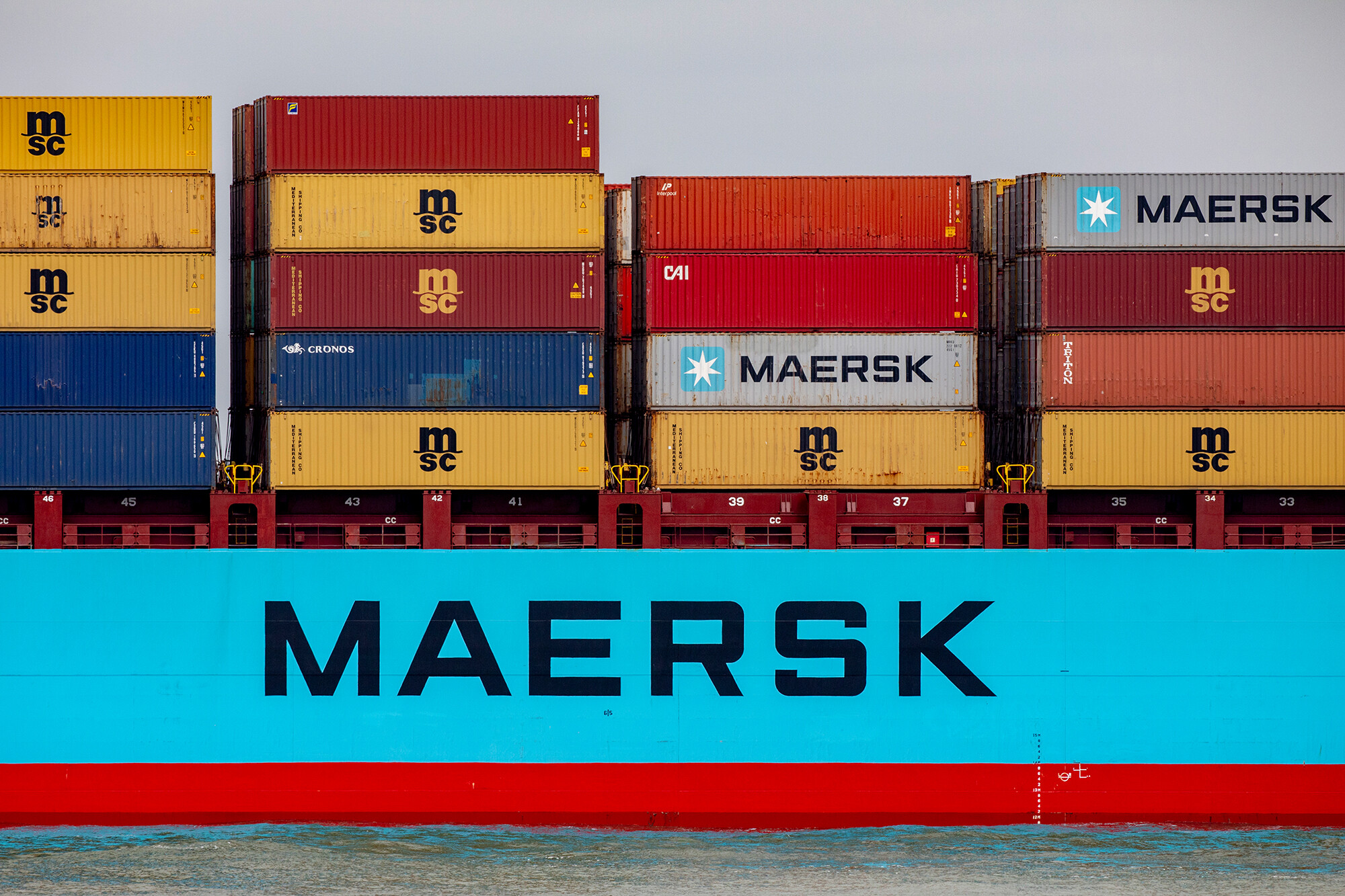 Maersk just ordered 8 carbon neutral ships. Now it needs green fuel