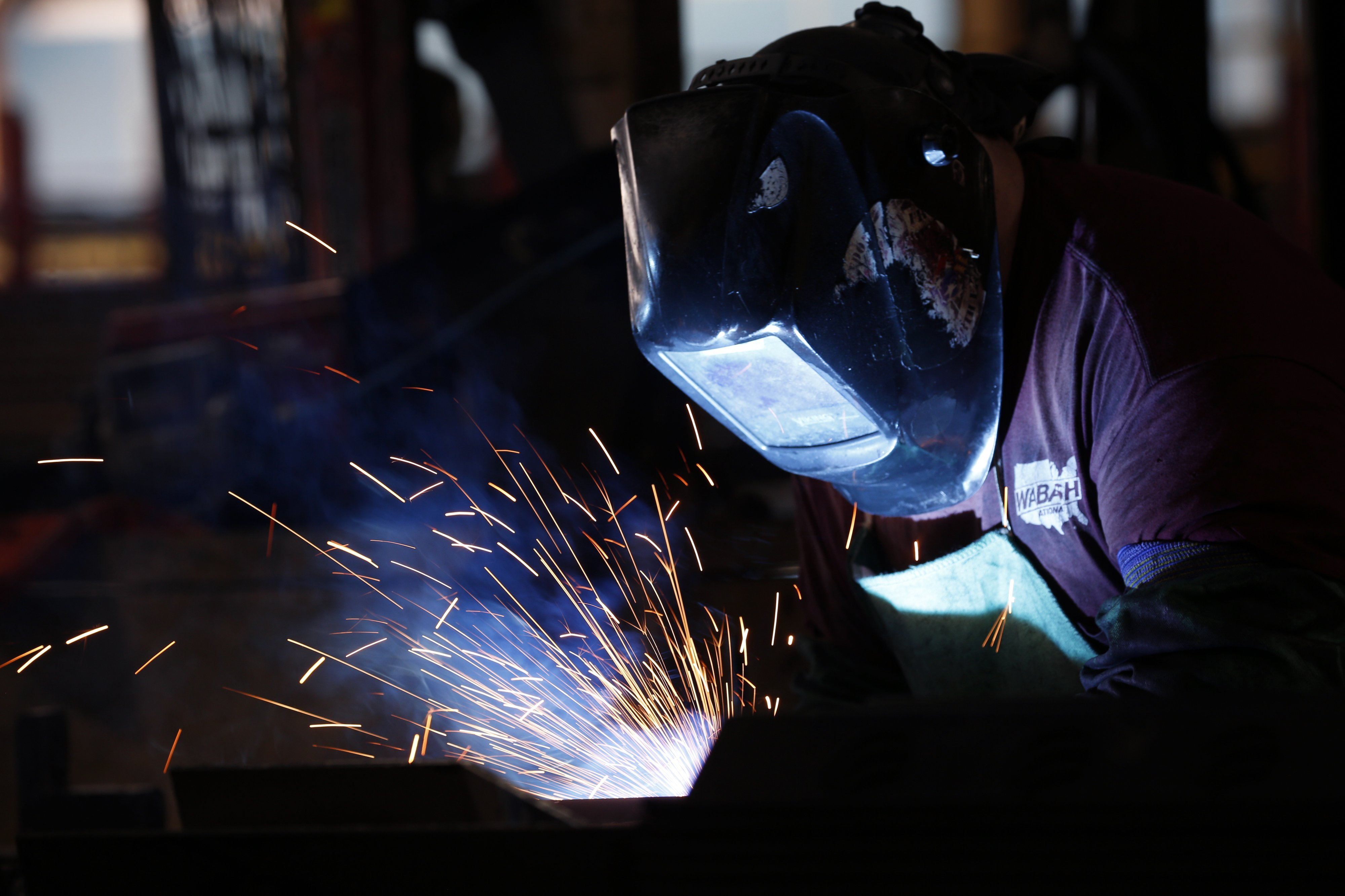 America's manufacturing sector shrank for the first time in nearly a decade
