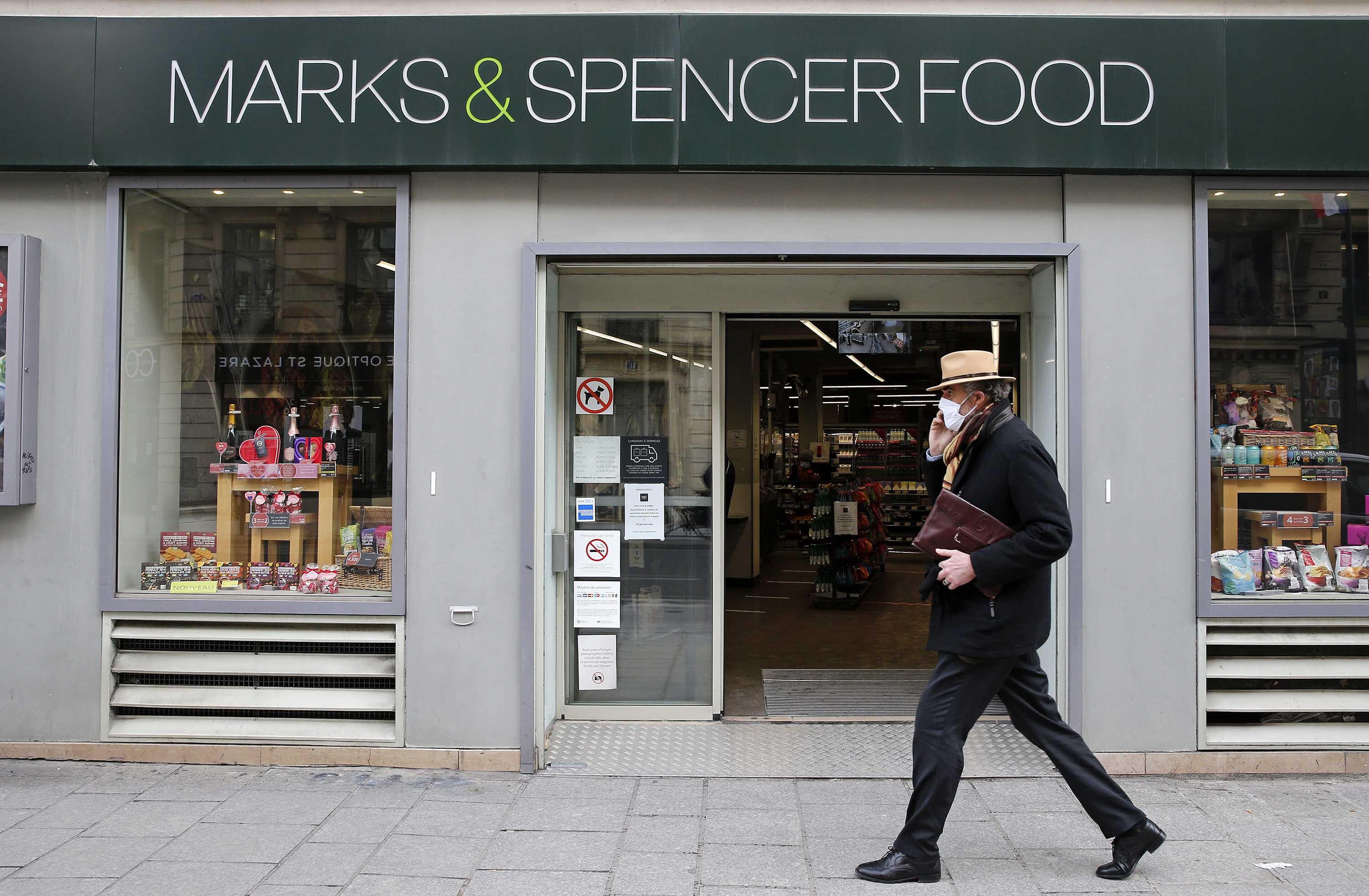 Marks & Spencer blames Brexit as it closes stores in France