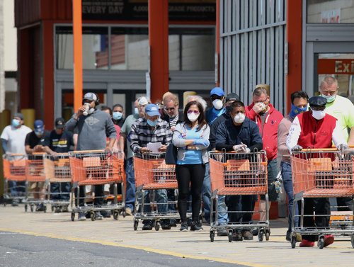 Image for Walmart and others will still serve customers who refuse to wear masks, despite new rules