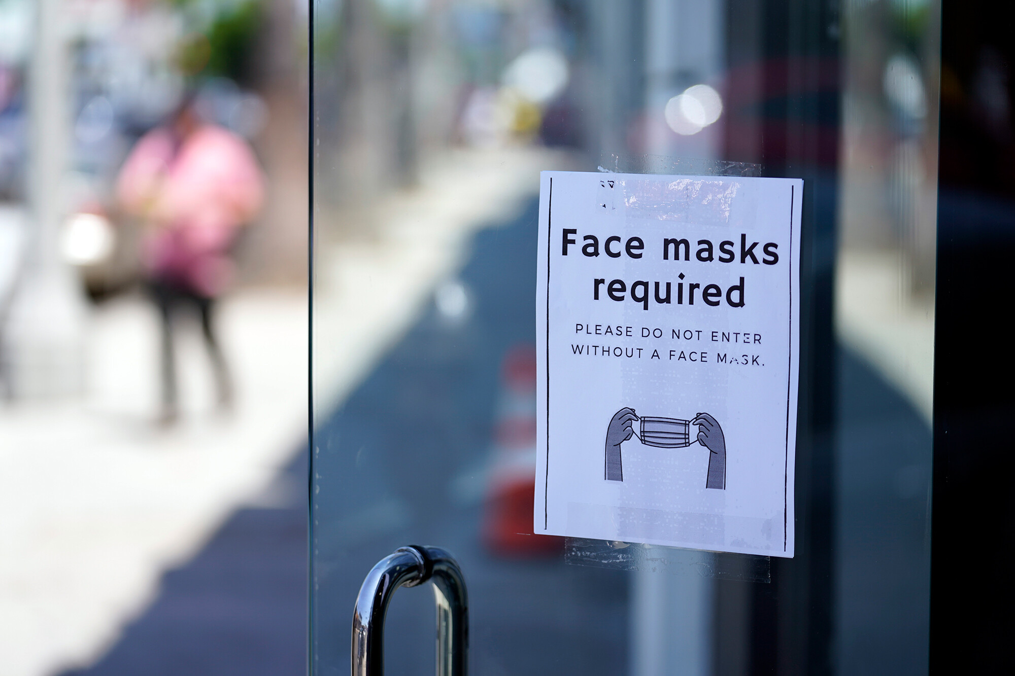 Online mask sales jump as Delta variant spreads