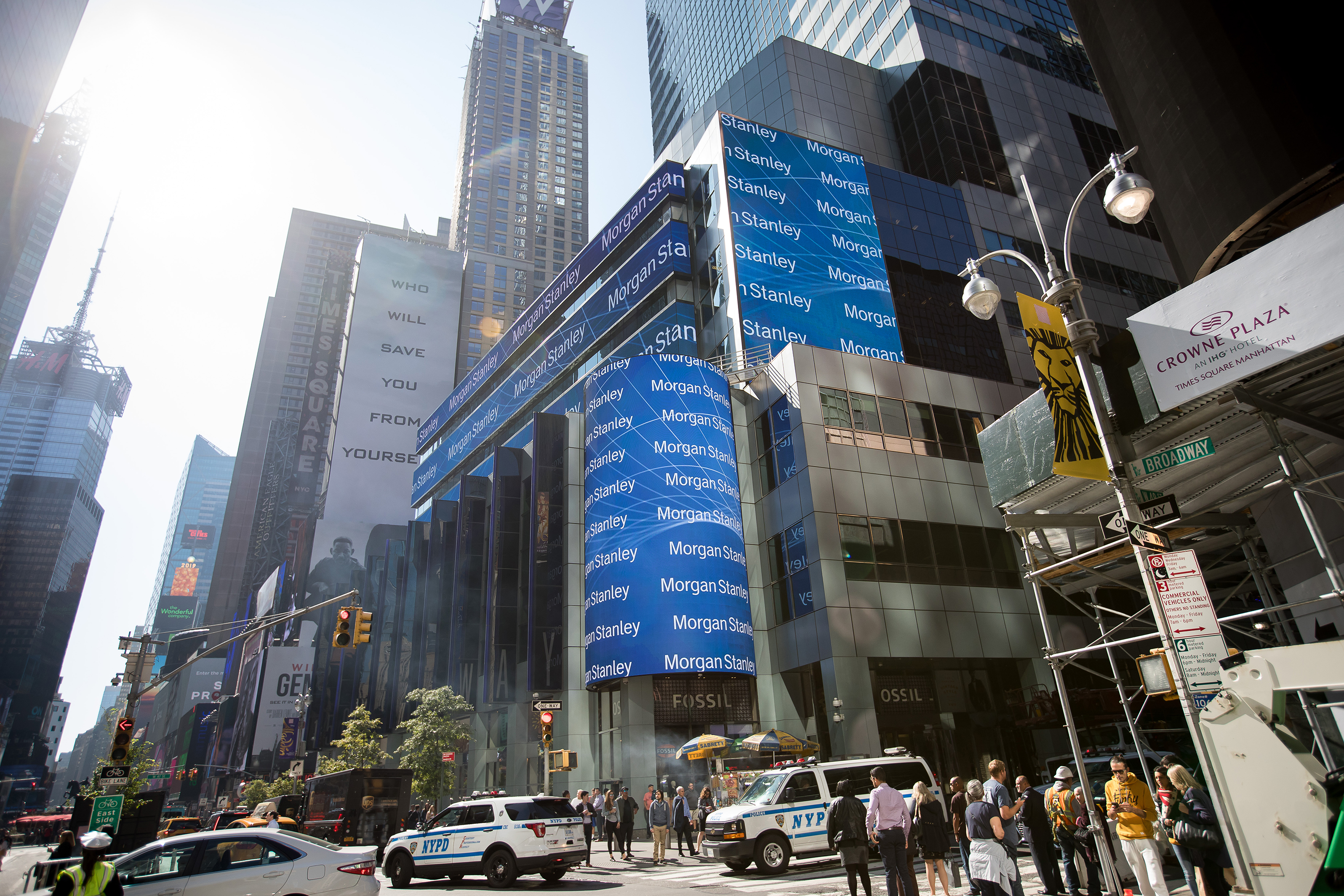 Morgan Stanley's New York office bans unvaccinated staff and clients