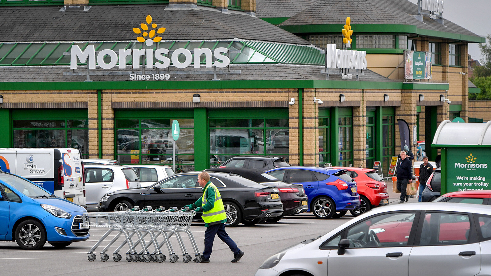 Three US private equity groups circle UK supermarket