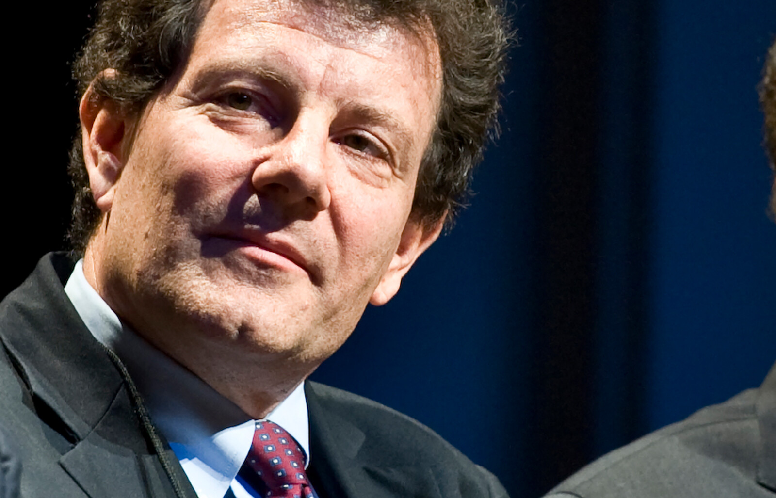 Nicholas Kristof leaves The New York Times as he explores run for governor of Oregon