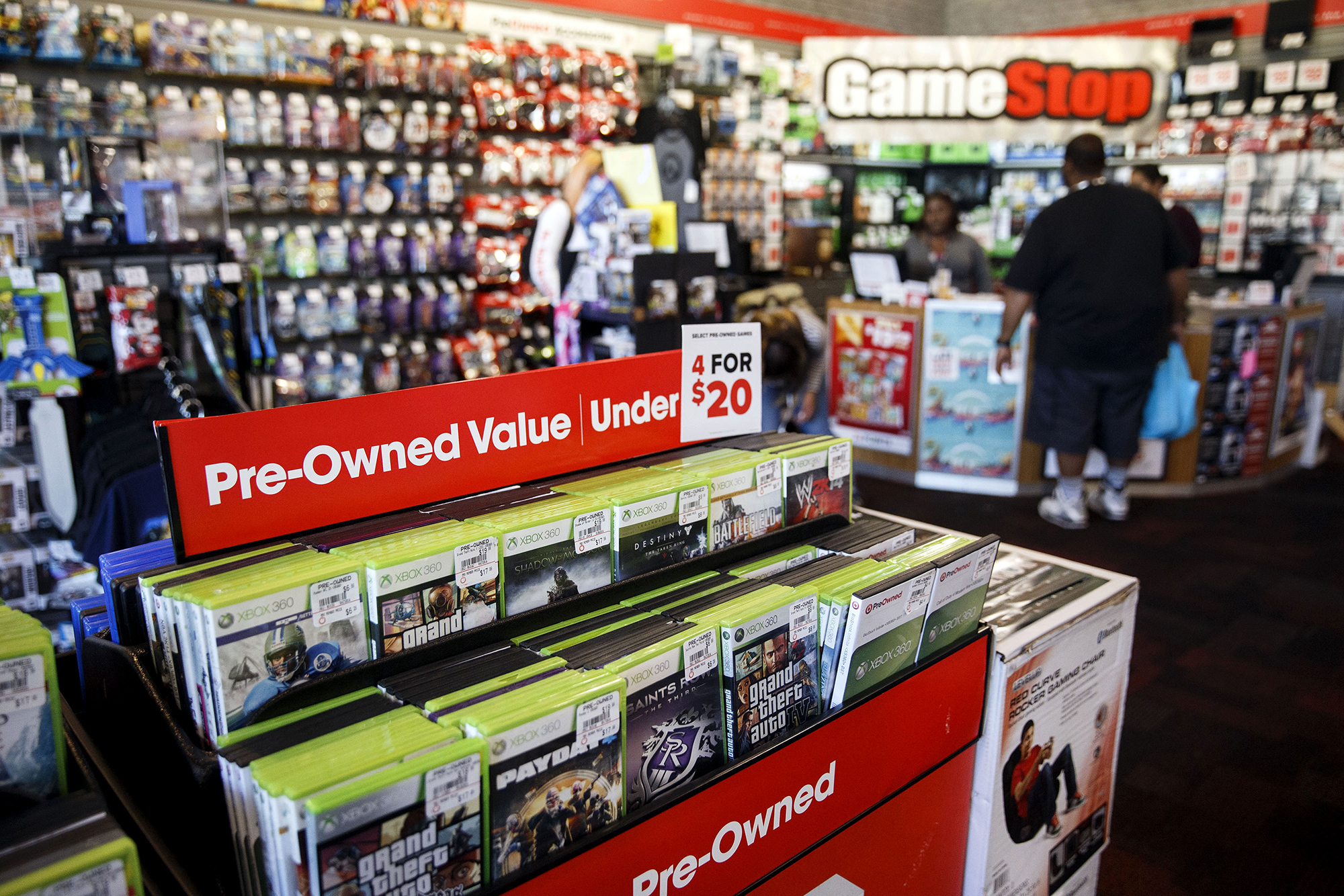 GameStop's stock is going through some stuff. You can thank Reddit