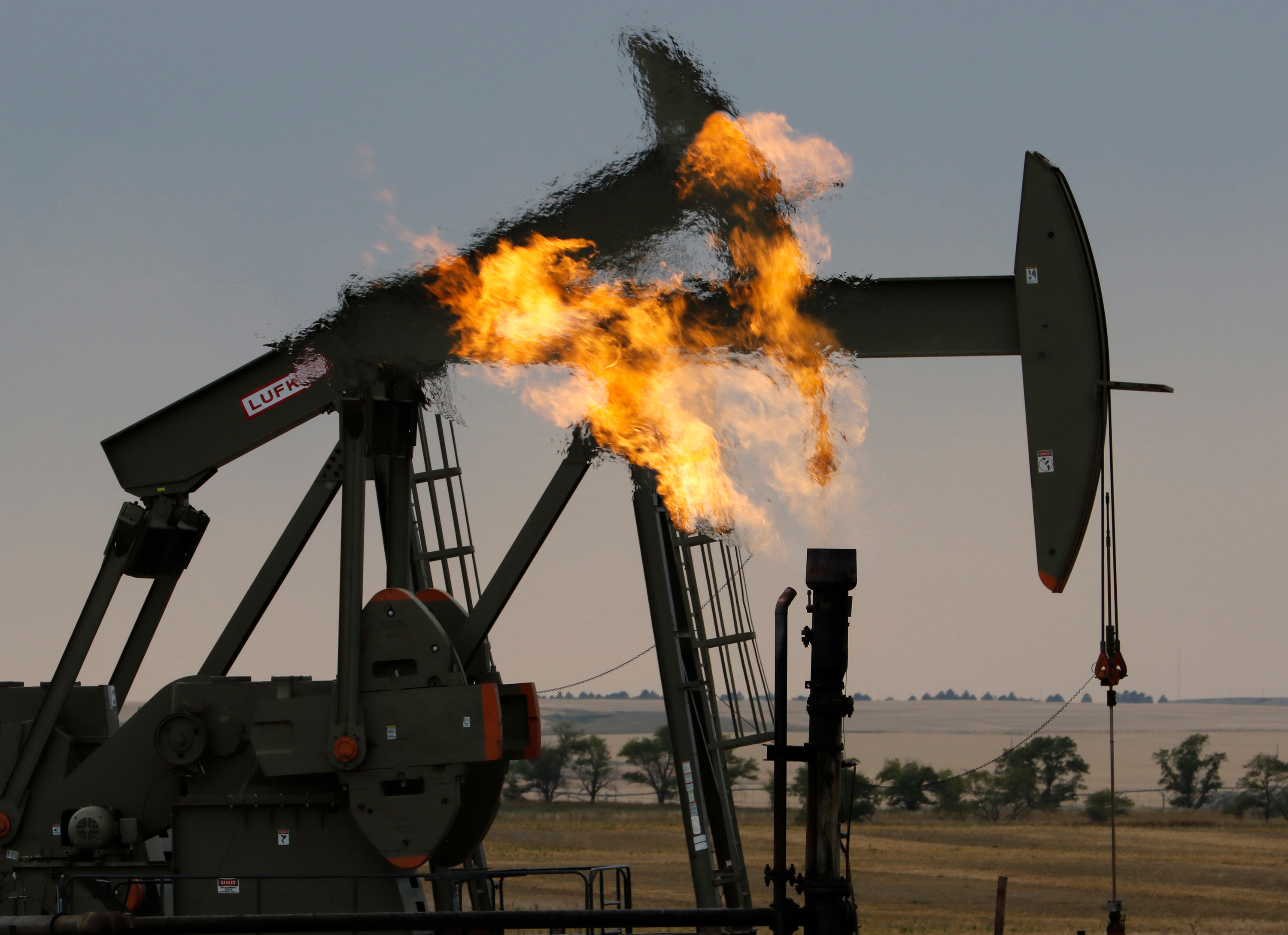 A wave of oil bankruptcies is on the way
