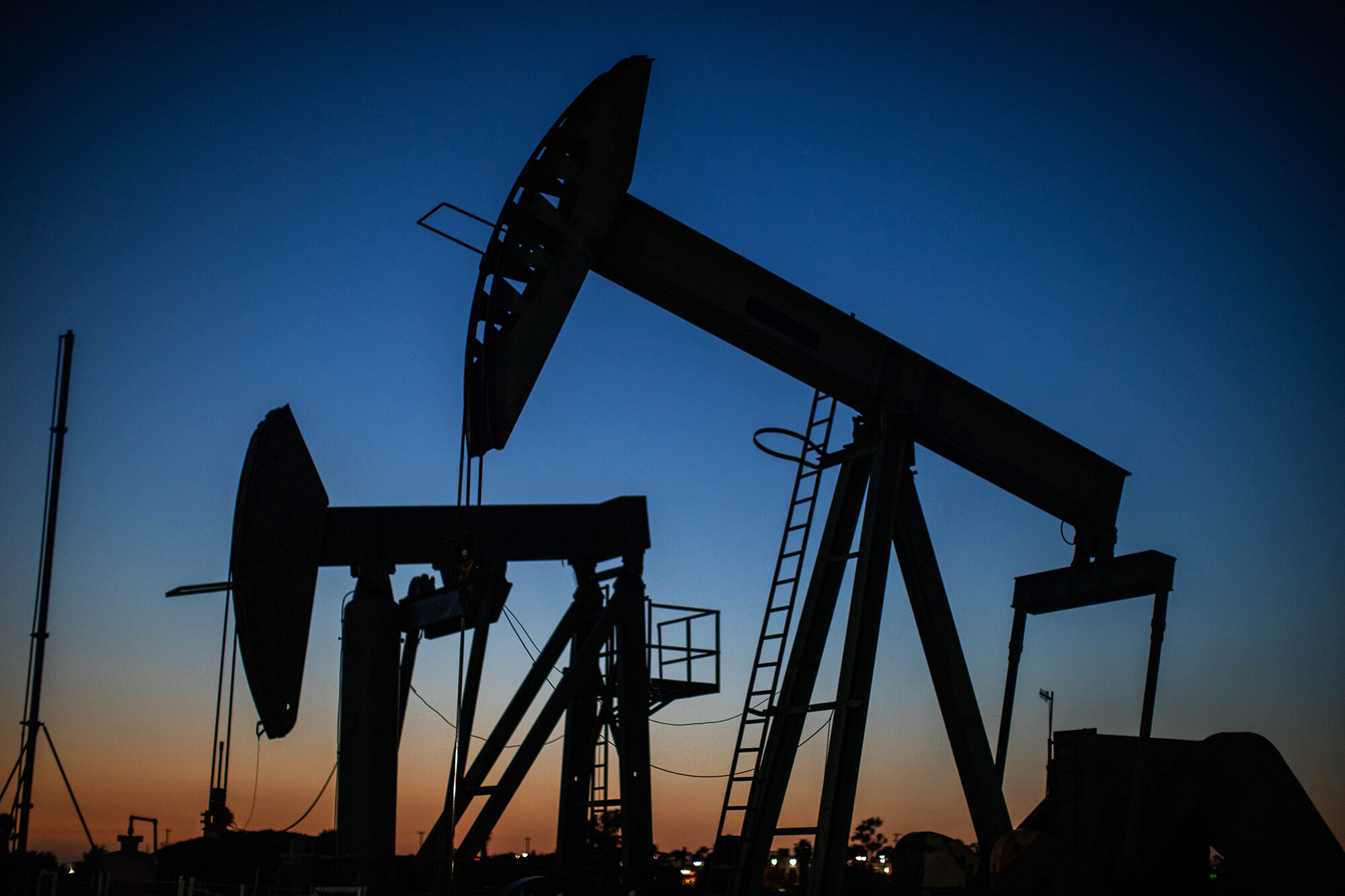 Oil surpasses $85 for the first time in seven years