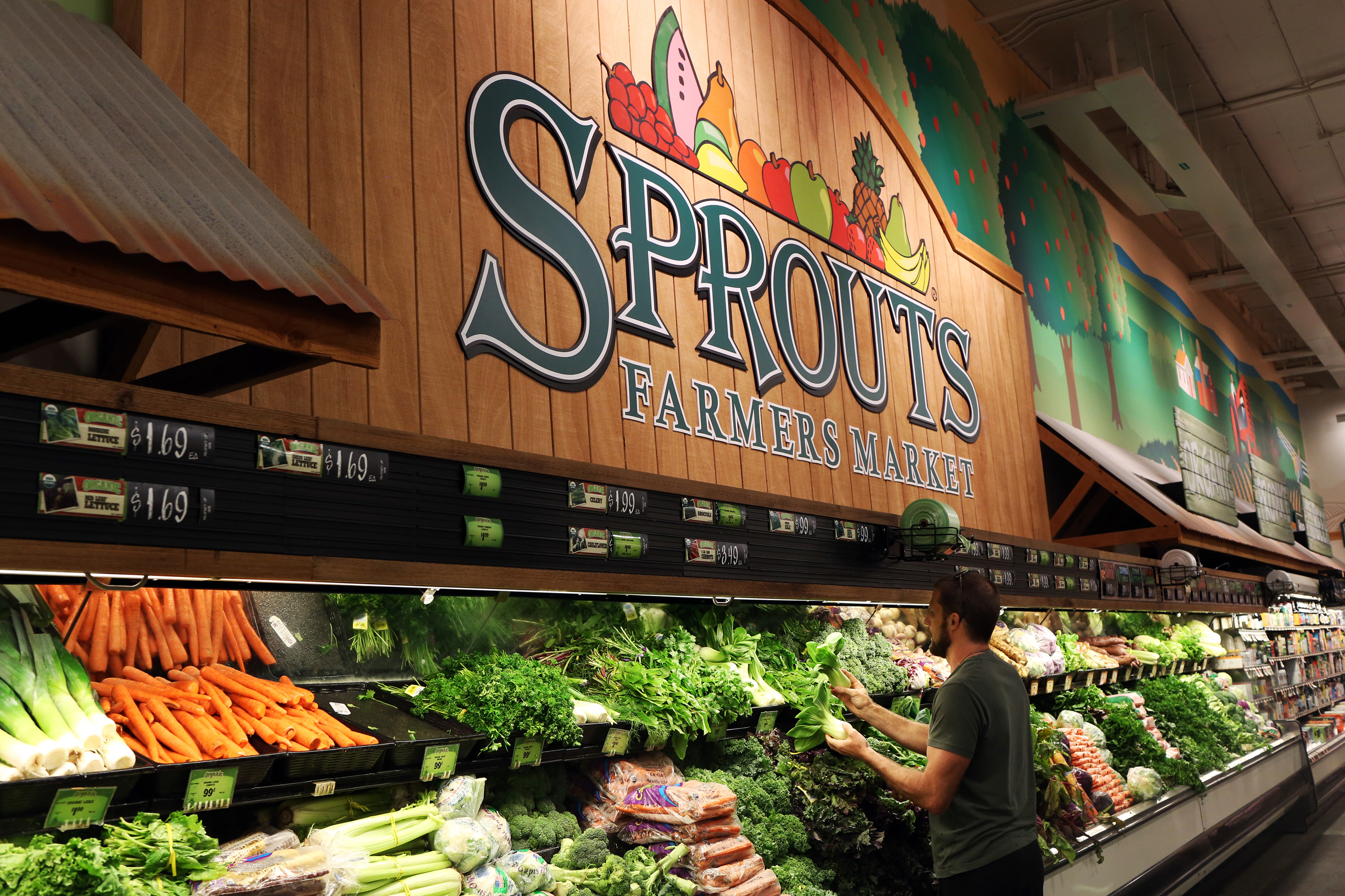 Natural grocery stores are at risk as organic goes mainstream