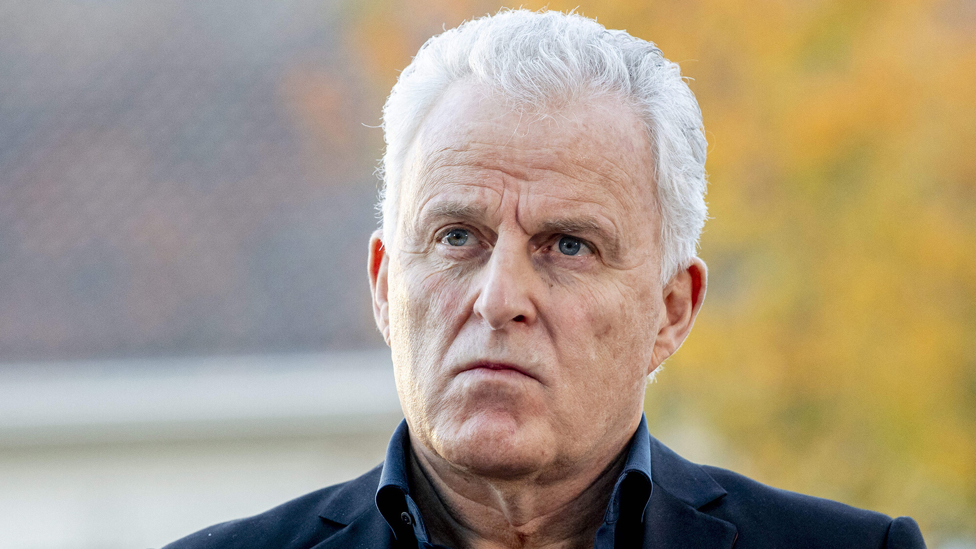 Famous Dutch crime journalist Peter R. de Vries dies in hospital after being shot in the street