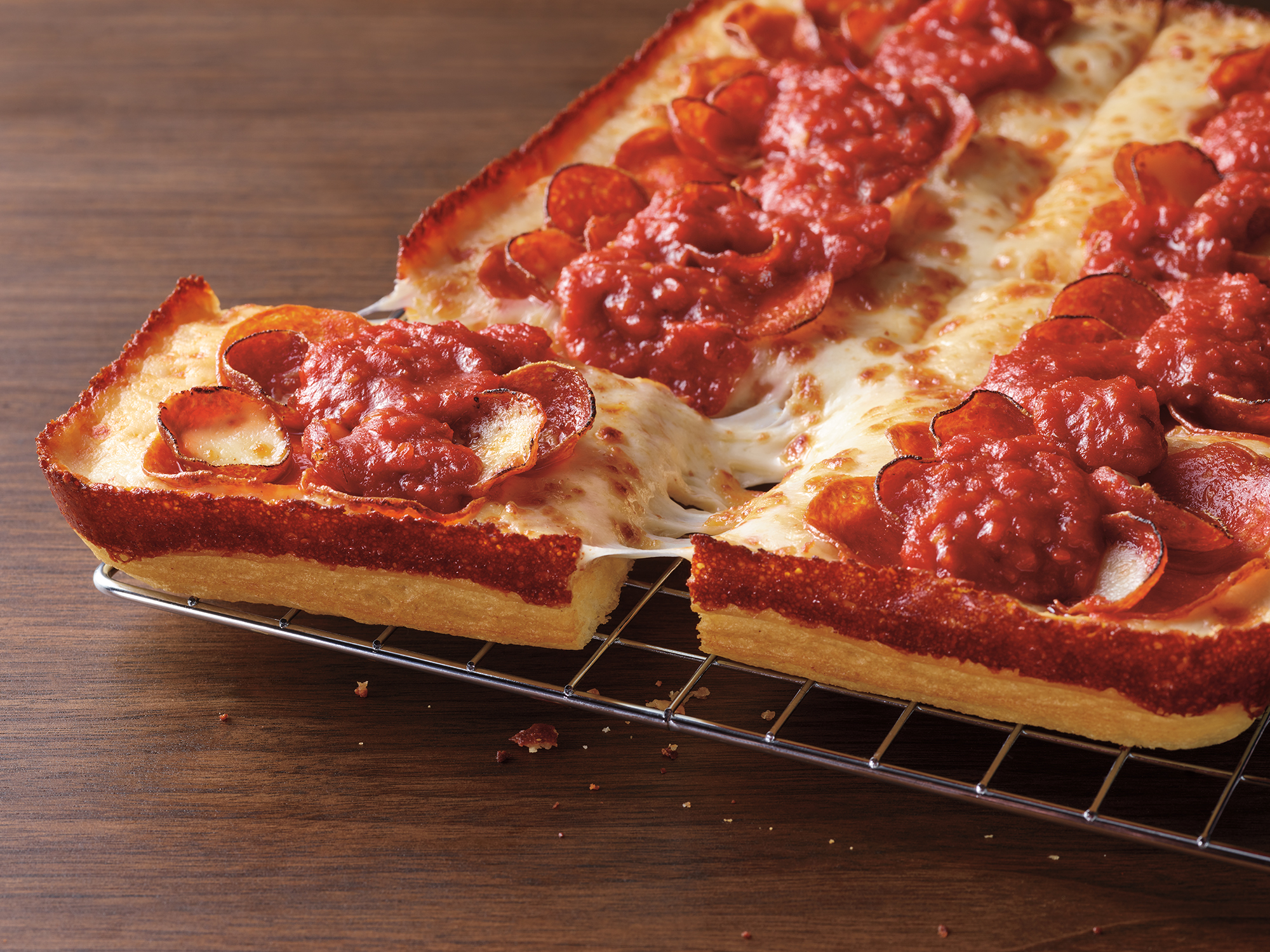Pizza Hut debuts a new Detroit-style pizza