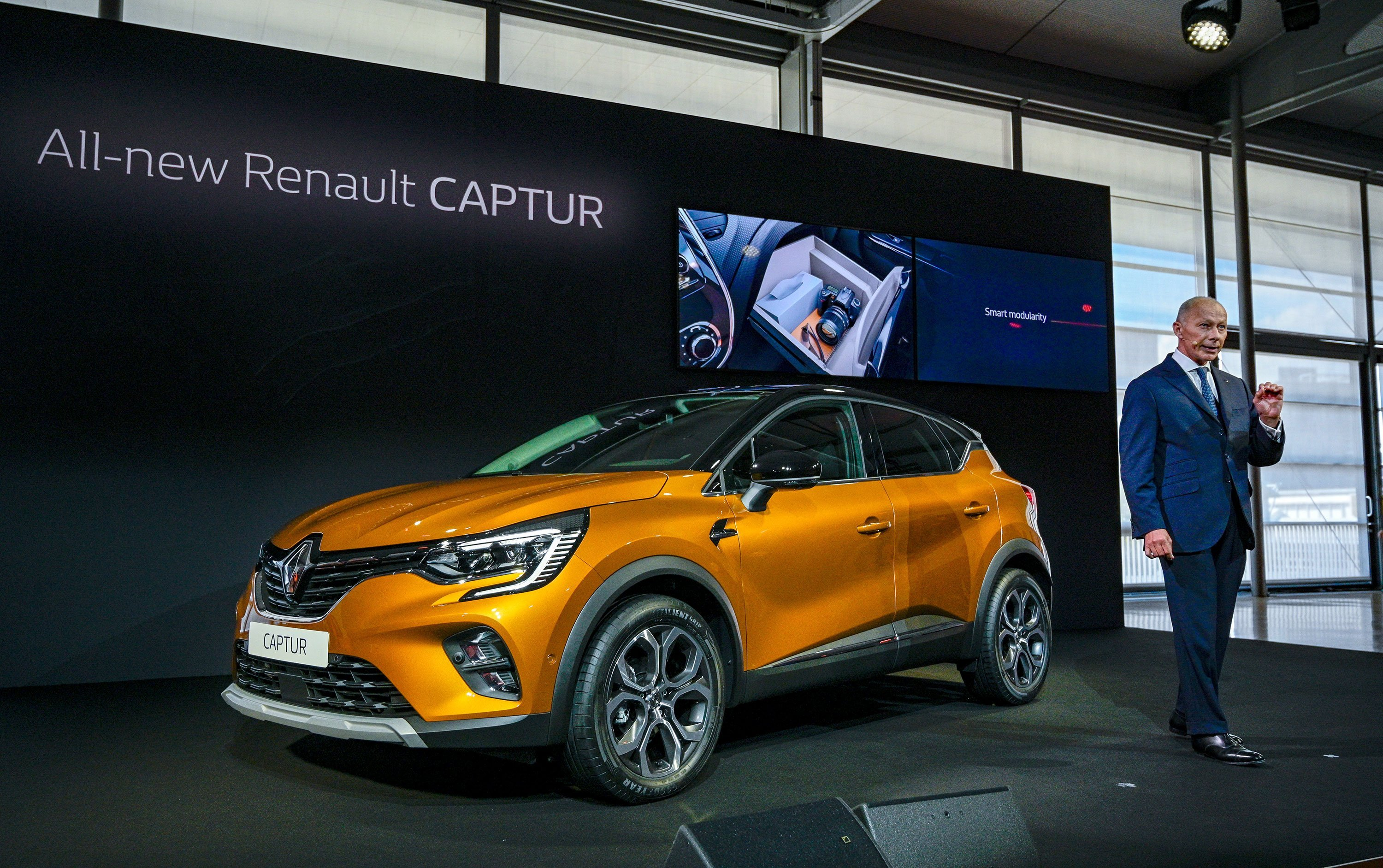 Renault's problems are piling up. Now its sales are slumping