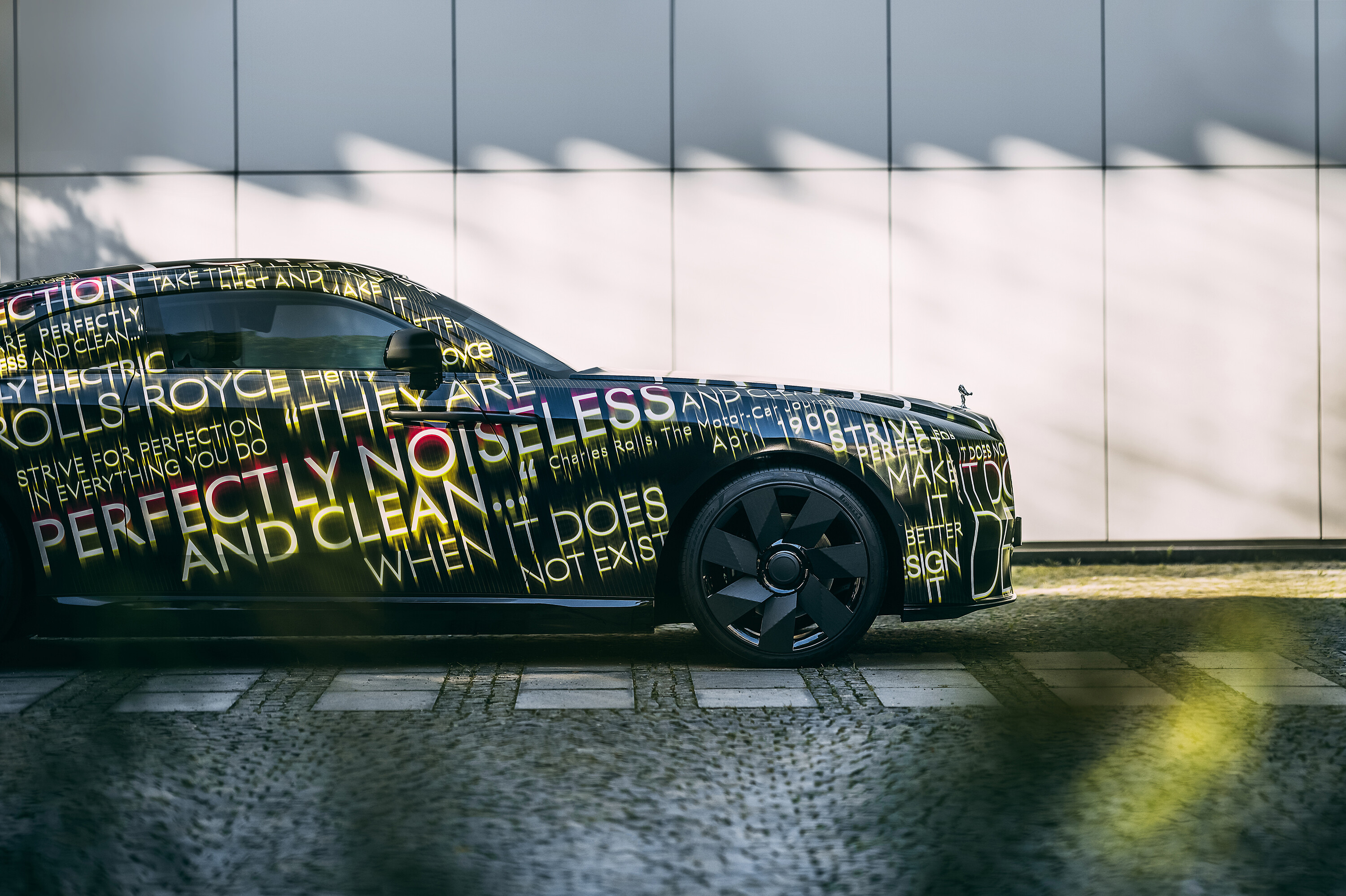 Rolls-Royce to stop manufacturing gasoline cars by the end of the decade, teases electric car