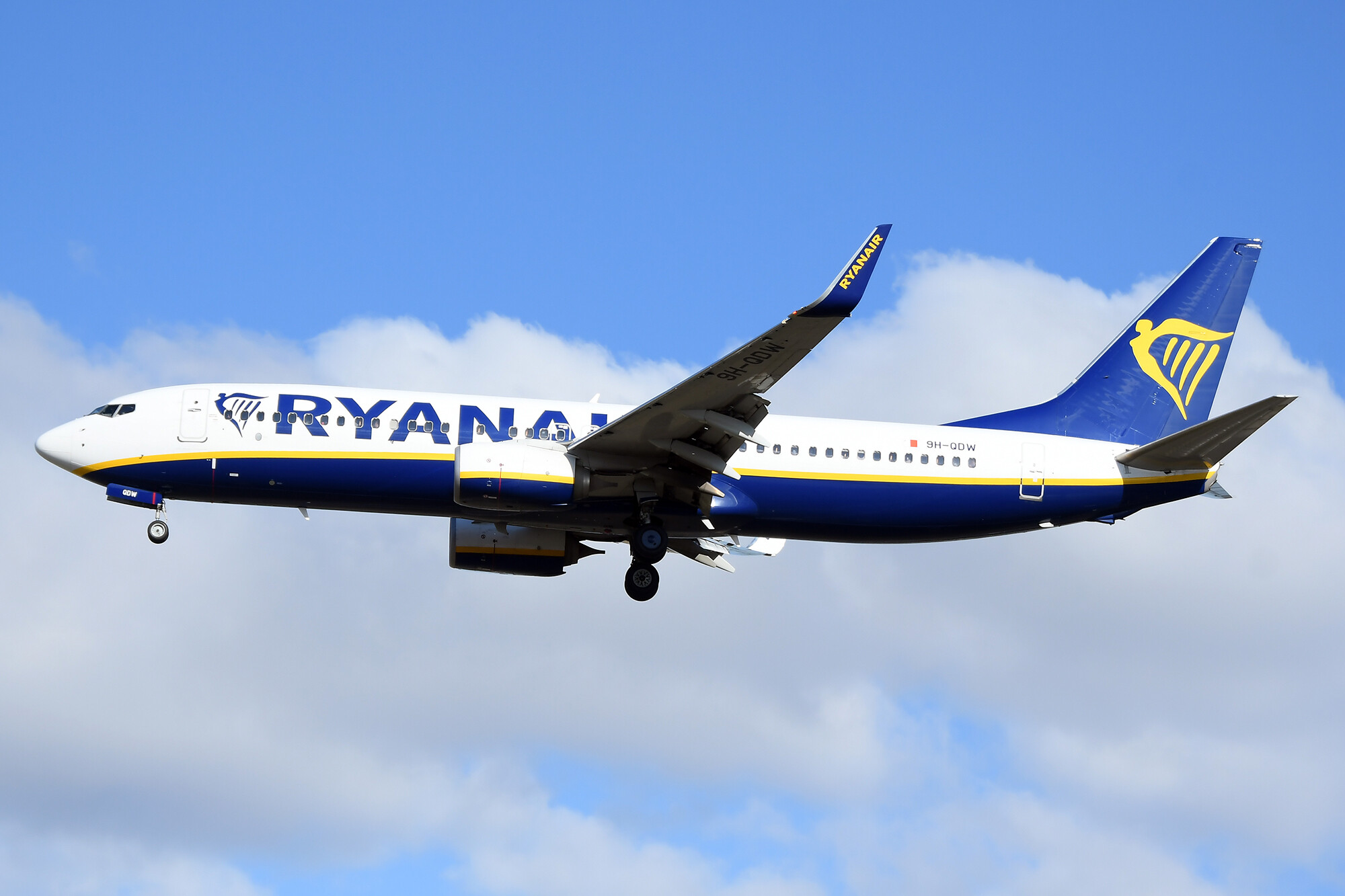 Ryanair bans customers who claimed credit card refunds for flights they missed because of lockdown