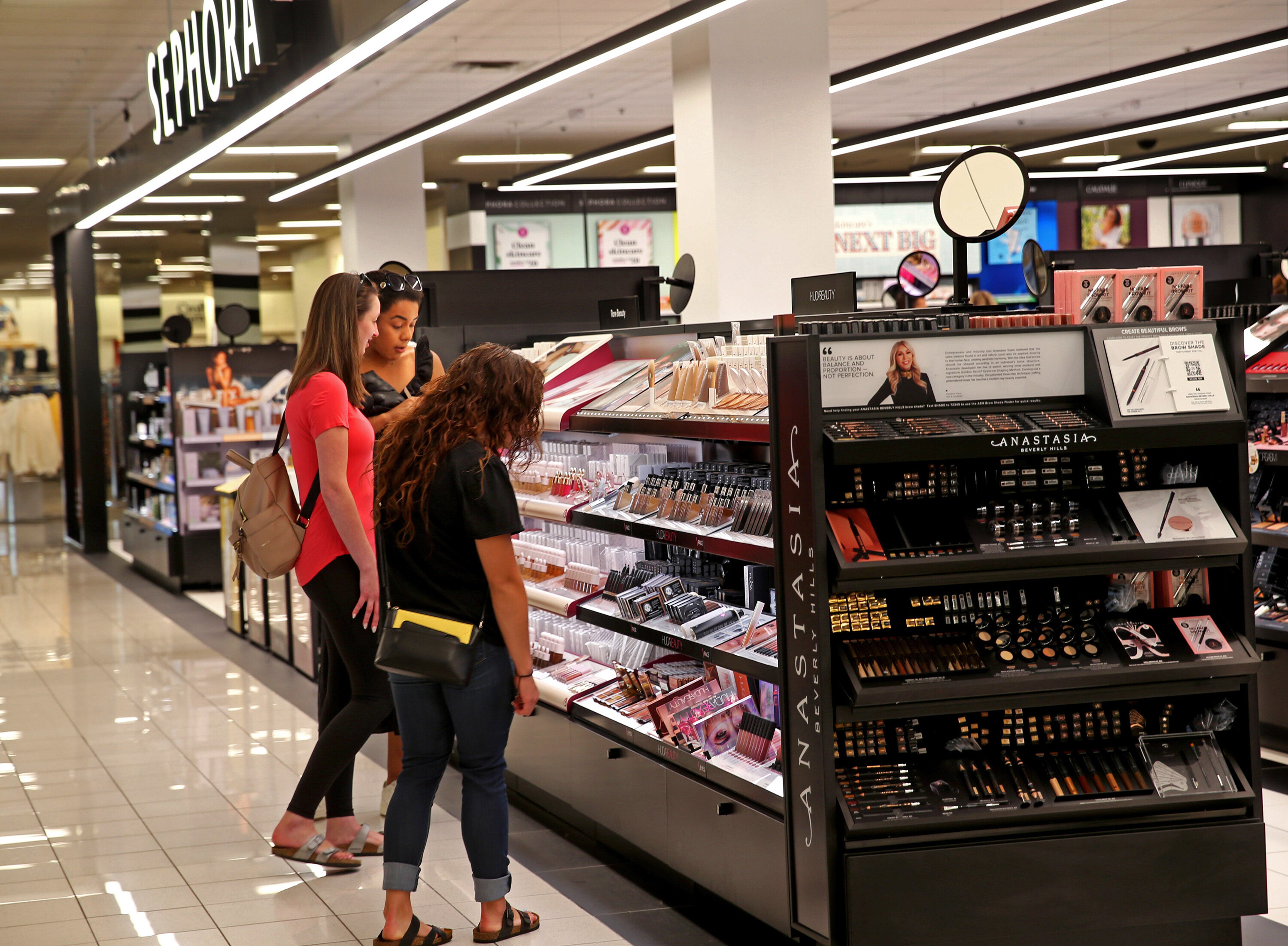 Starting this month, you can shop at Sephora in some Kohl's stores