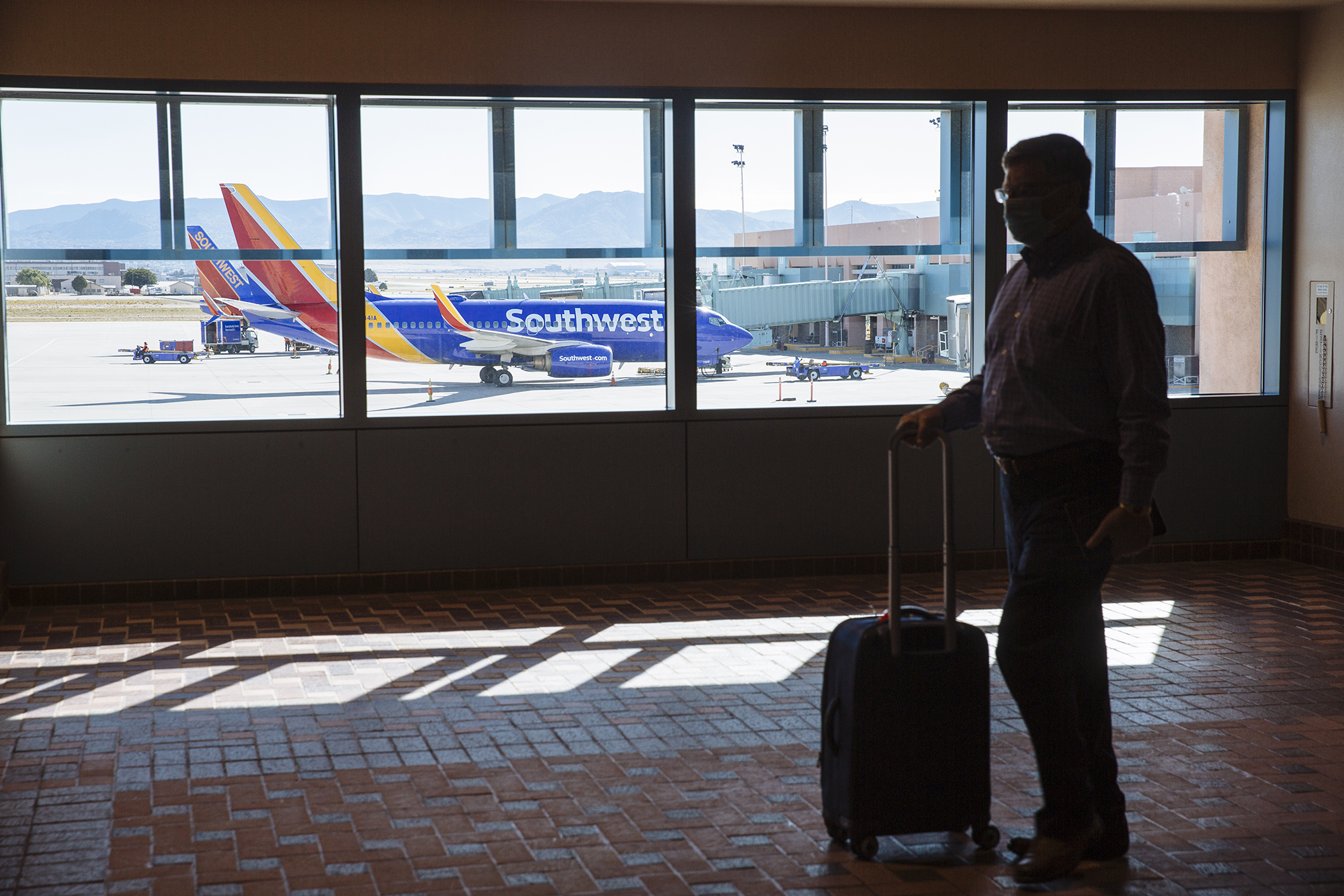 Southwest warns 6,800 employees of impending layoffs, a first for the airline