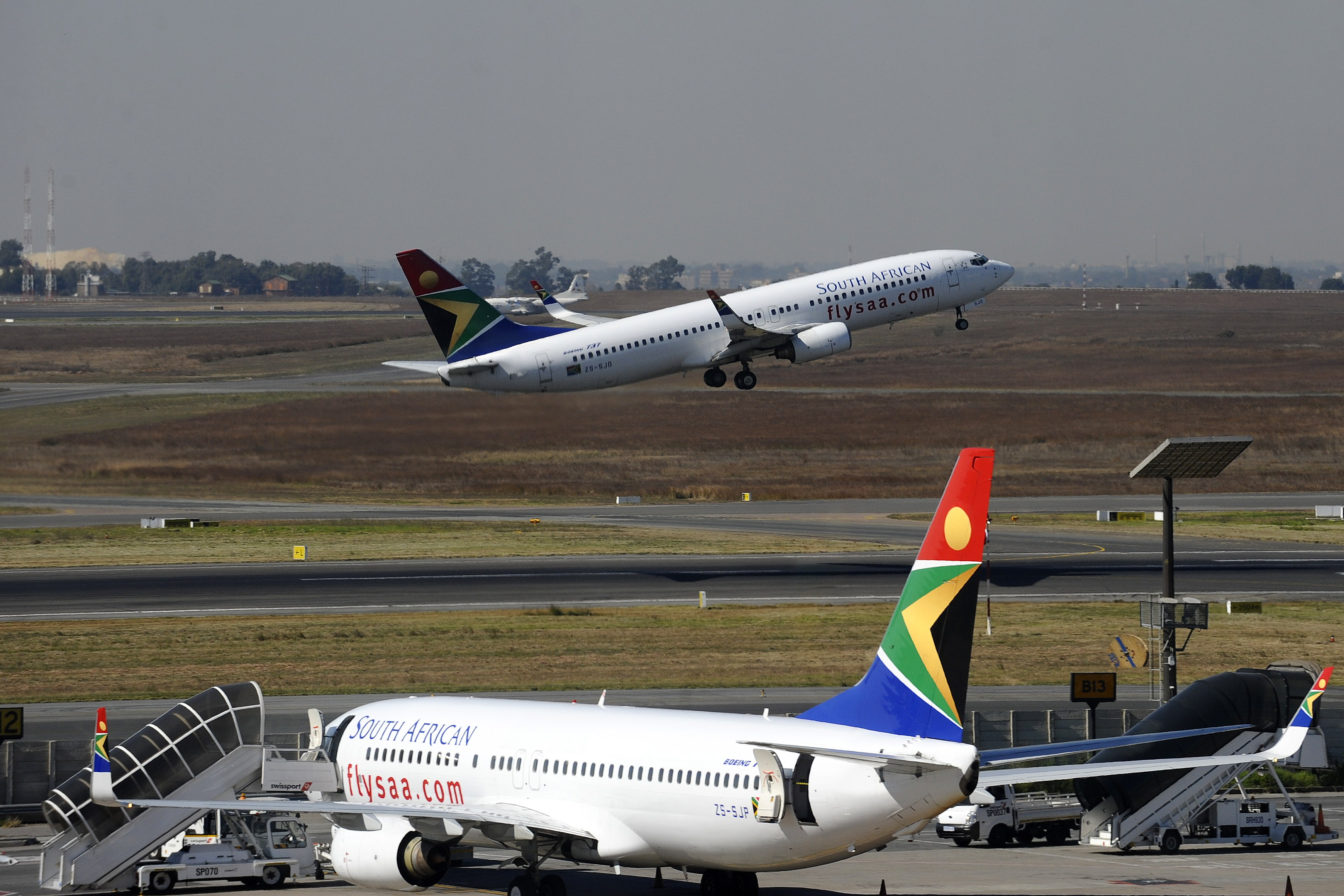 Troubled South African Airways to receive $272 million as it goes into business rescue