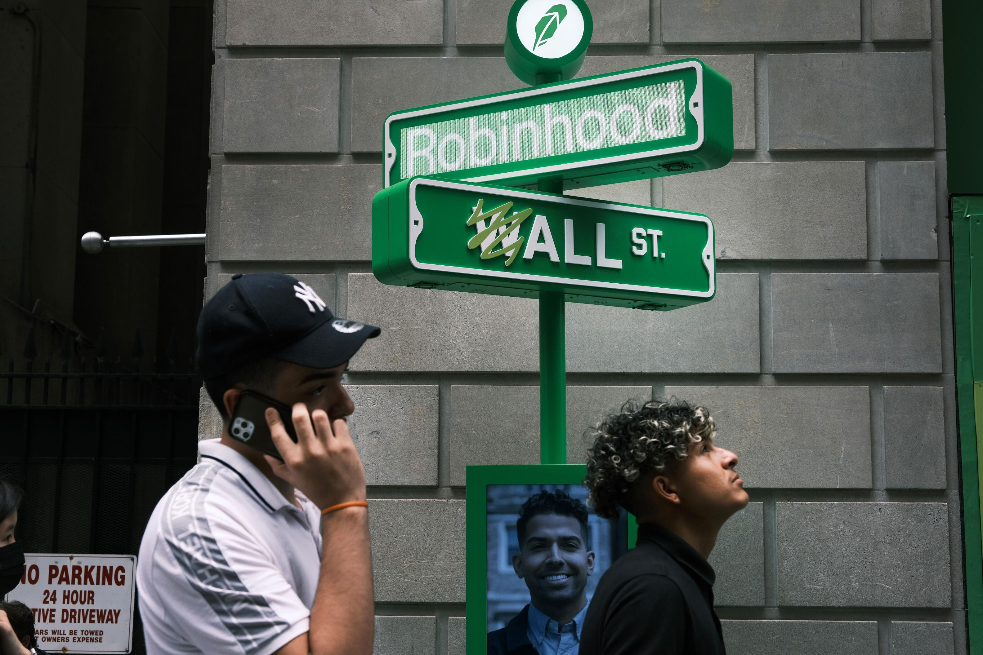 Robinhood's big year is ending in disappointment