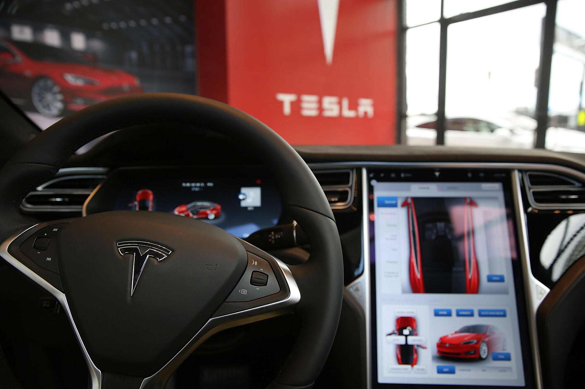 How Tesla can sell 'full self-driving' software that doesn't really drive itself