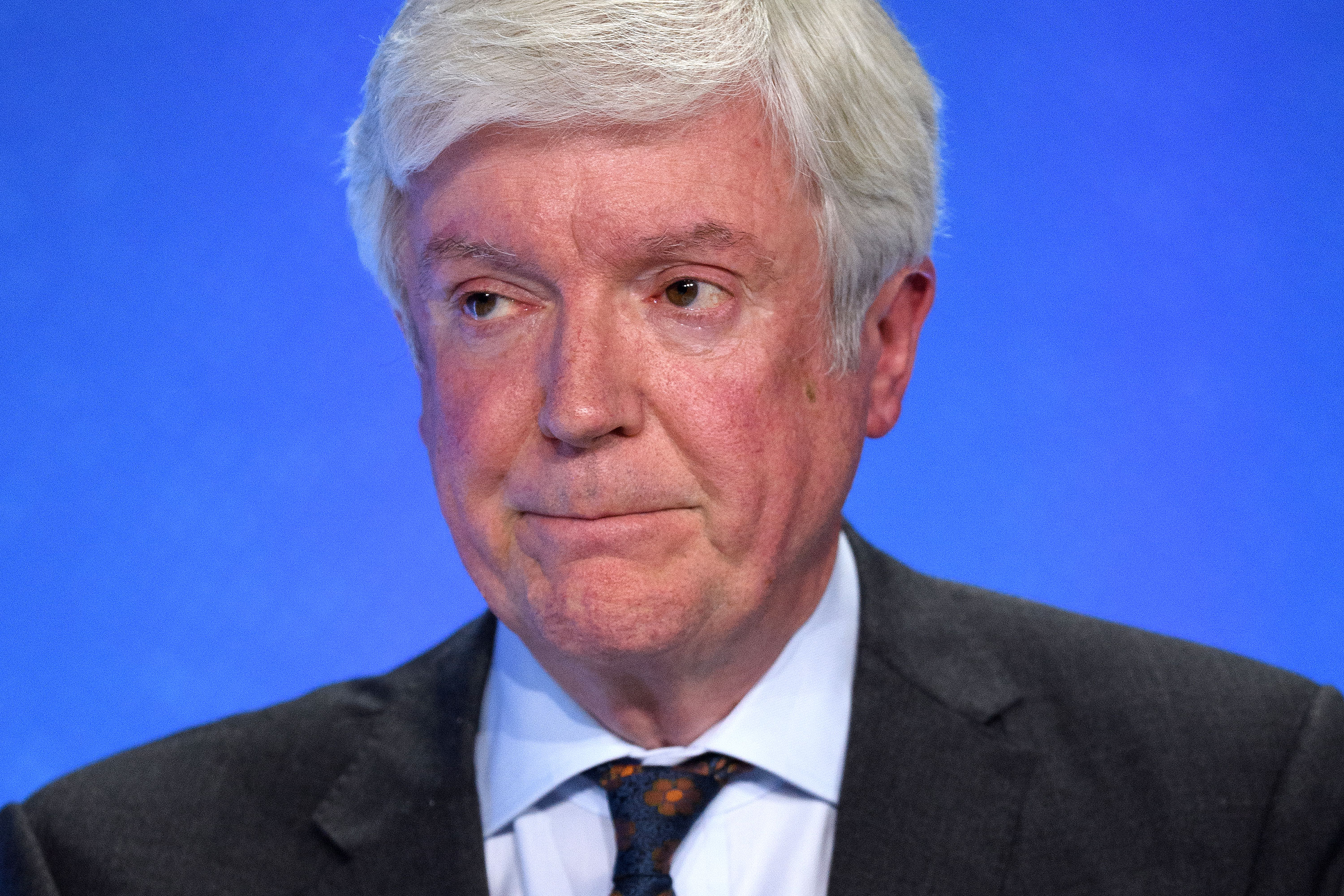 BBC Director General Tony Hall to stand down