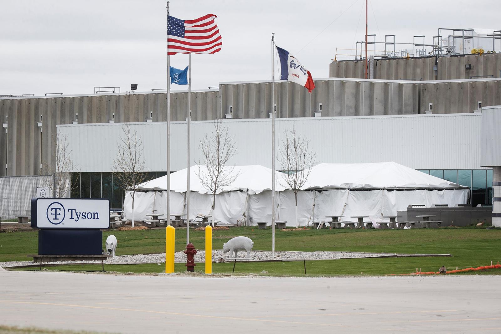 Tyson meat plant employee dies of Covid-19 weeks after major outbreak