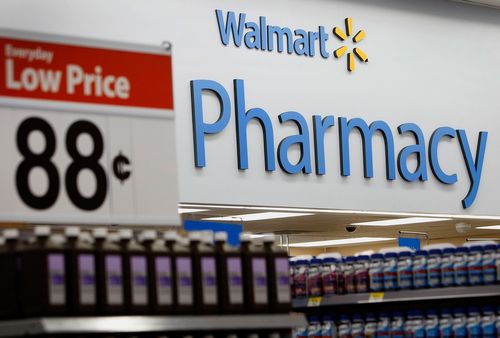 Image for Walmart files lawsuit seeking to prove its pharmacists are not responsible for opioid crisis