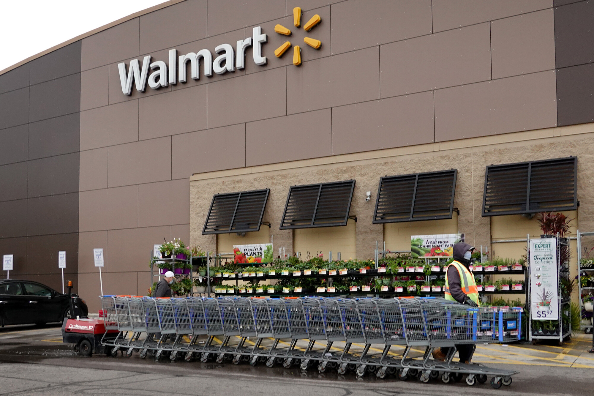 Walmart is ending these bonuses for store workers