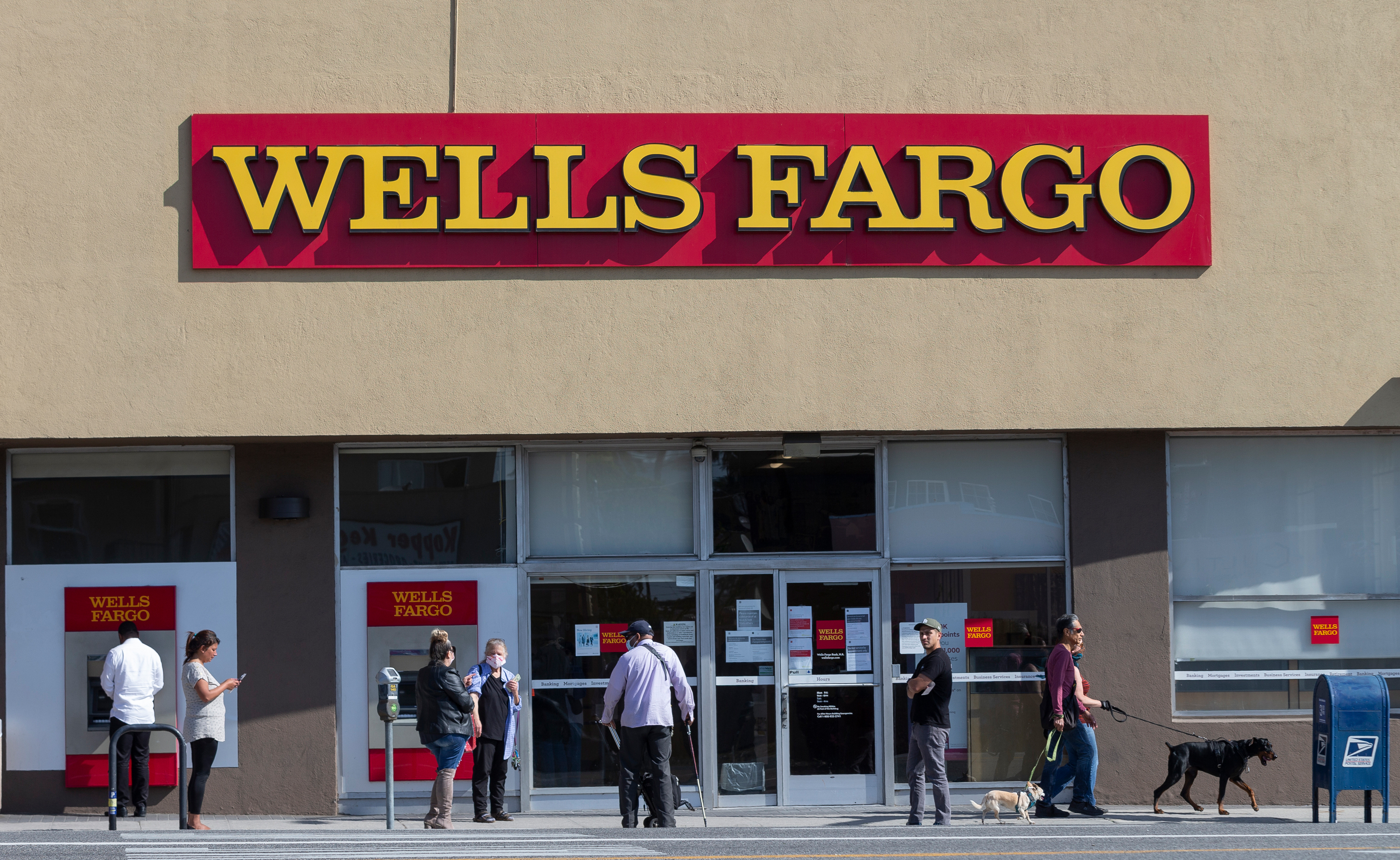 Fed (temporarily) takes the shackles off Wells Fargo, freeing it to help small businesses
