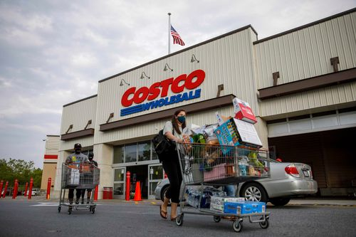 Image for Pandemic shopping pushes Costco to a record profit, but also raises costs by millions