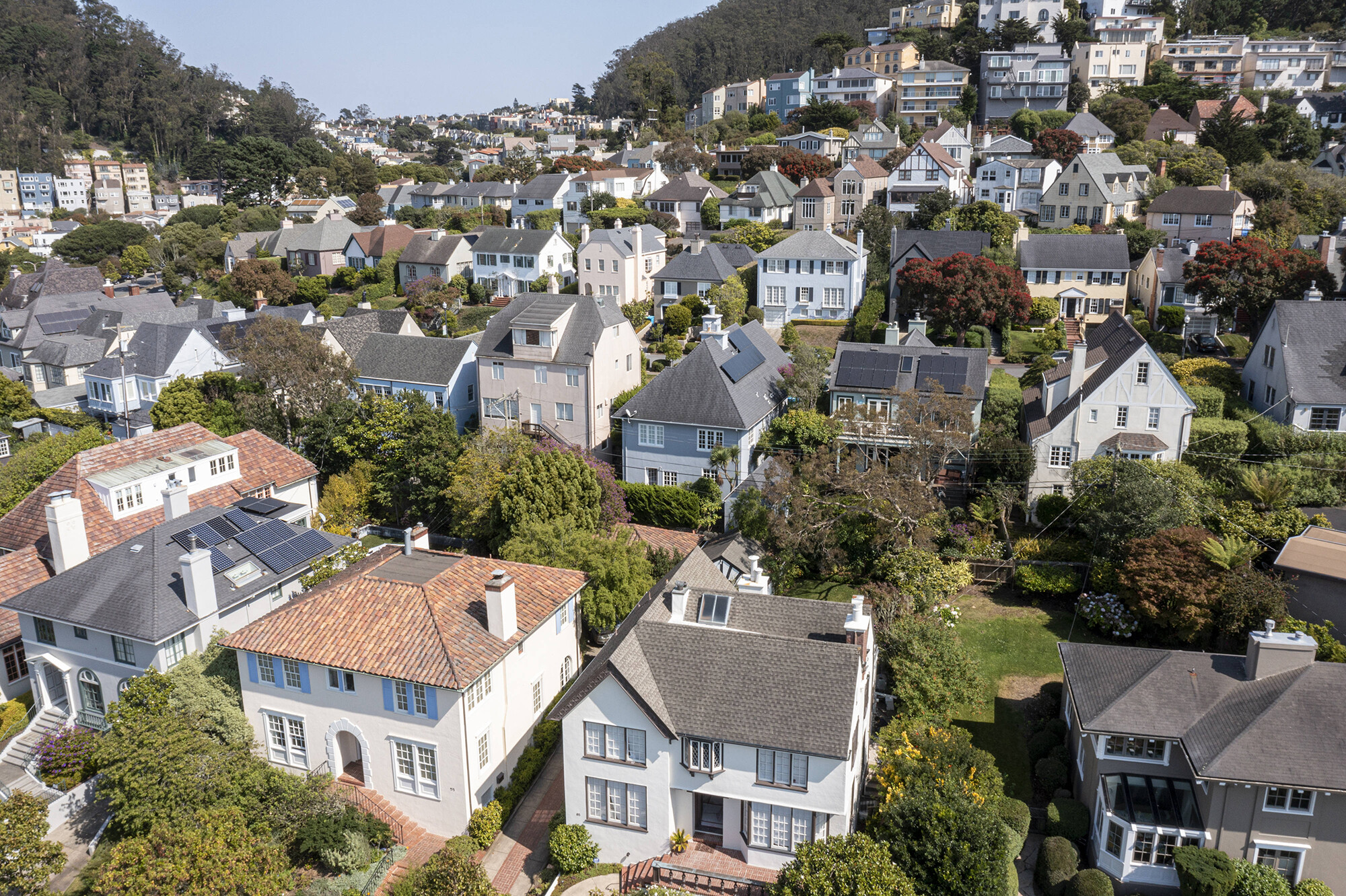 Goldman Sachs: Home prices to climb another 16% by the end of 2022