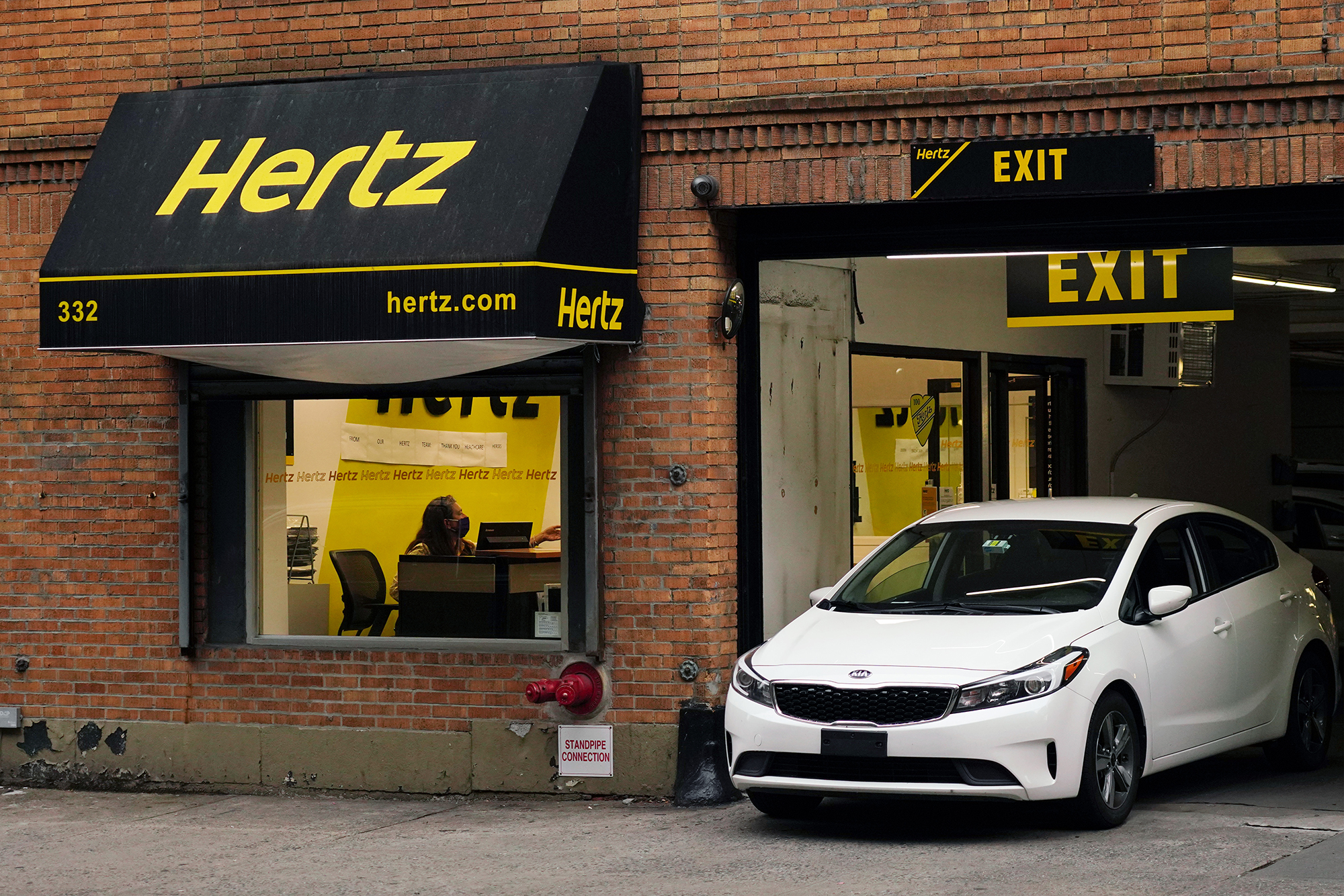 Hertz has buyers and a plan to emerge from bankruptcy