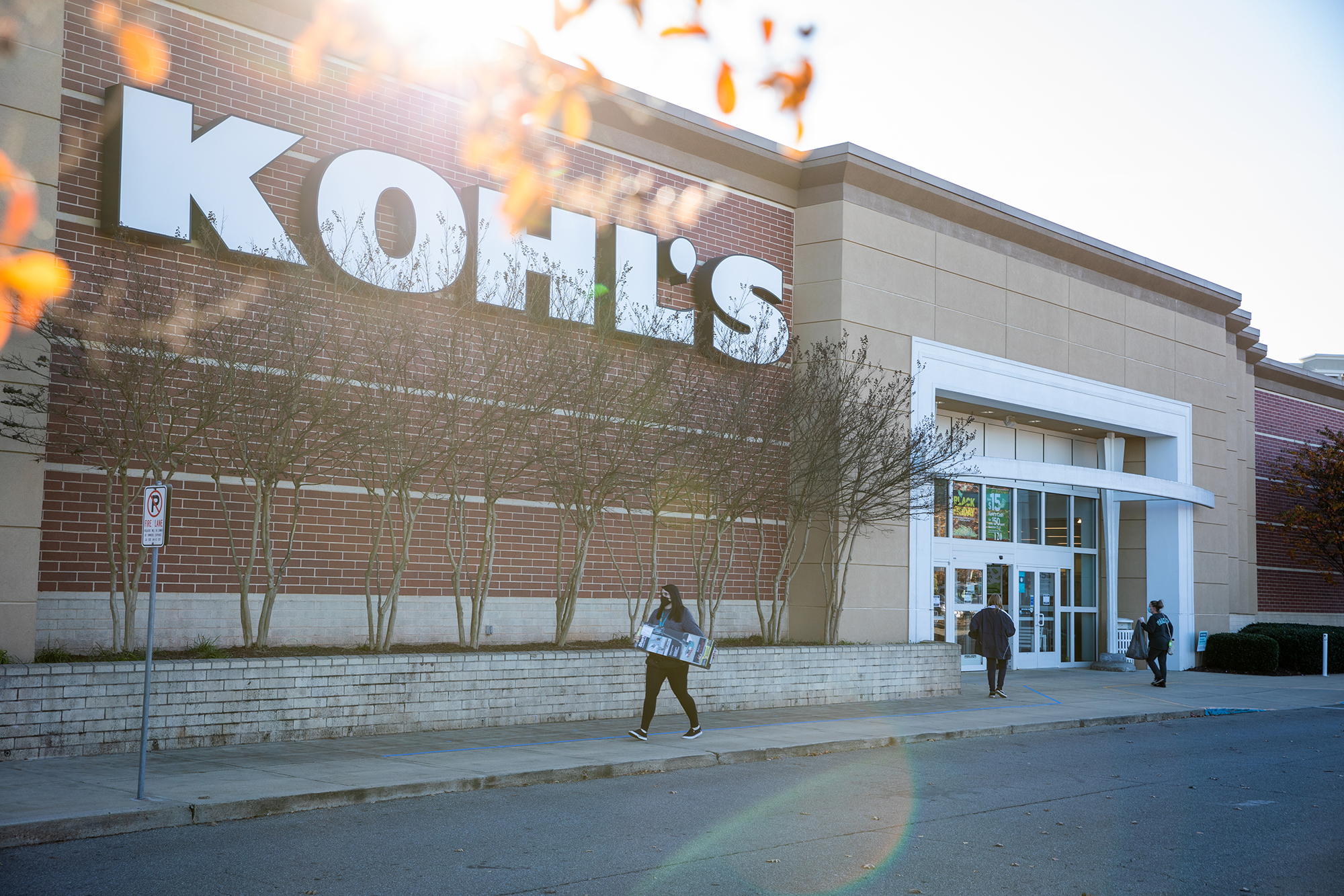 Kohl's tried striking a deal with Amazon. It wasn't enough