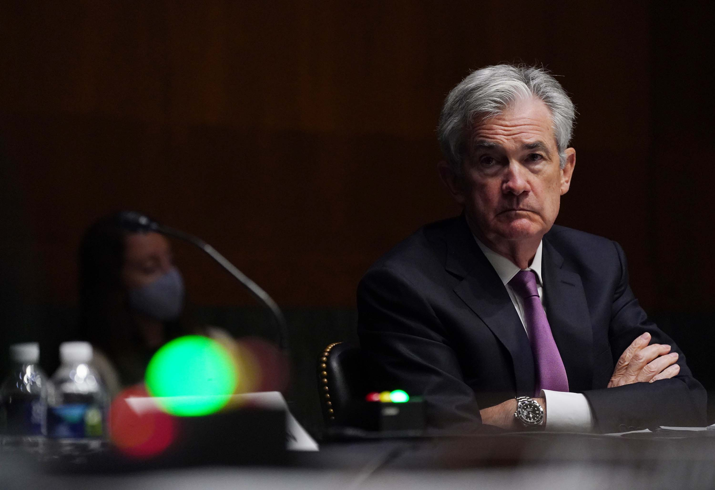 Trump picks a fight with Powell. The economy loses