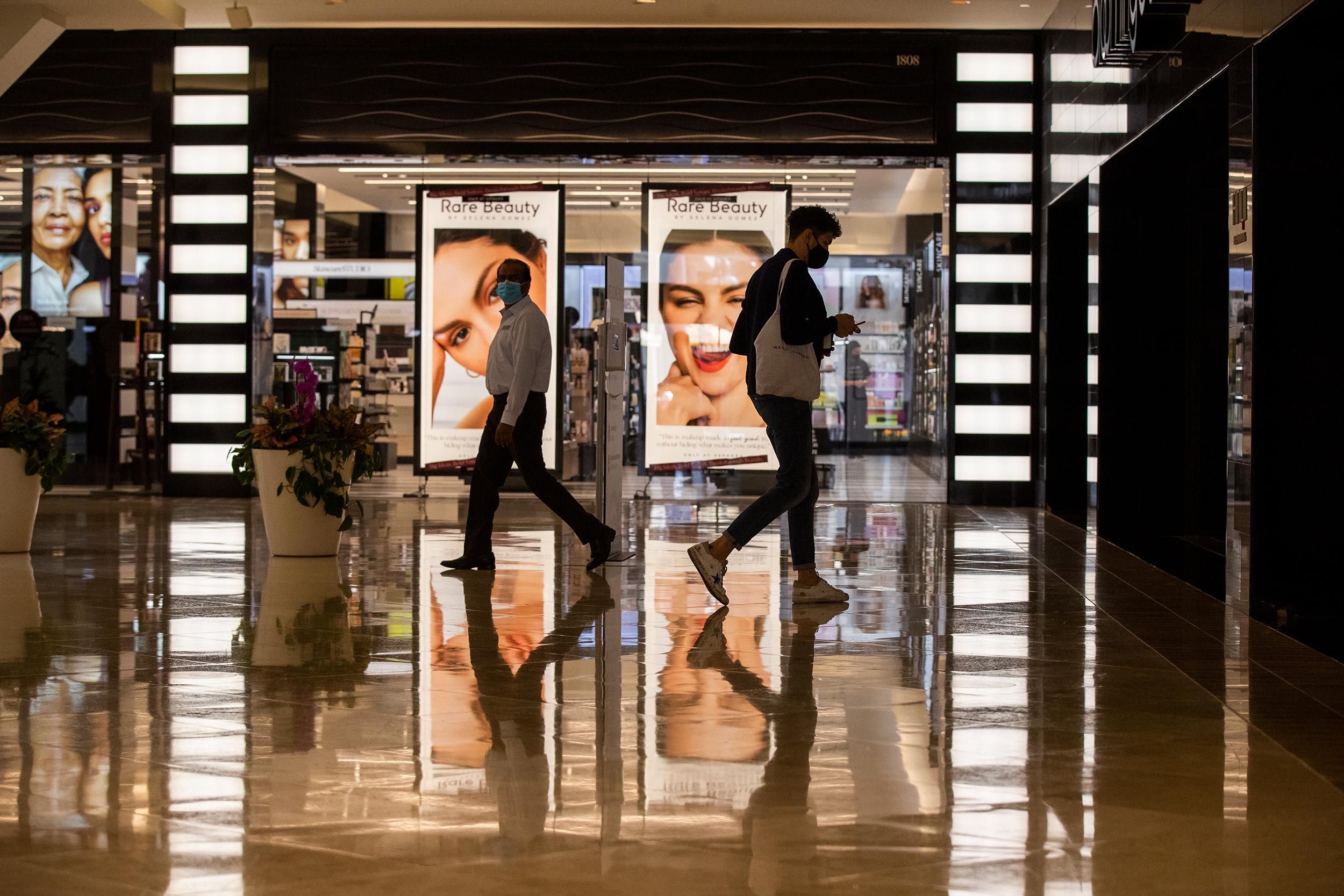 Retail sales rose in September as people kept shopping