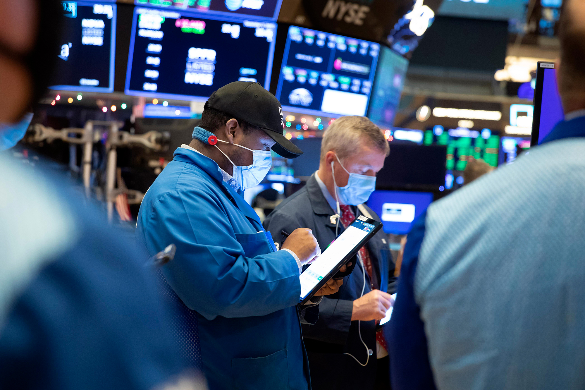 Stocks rally to new record highs on jobs day