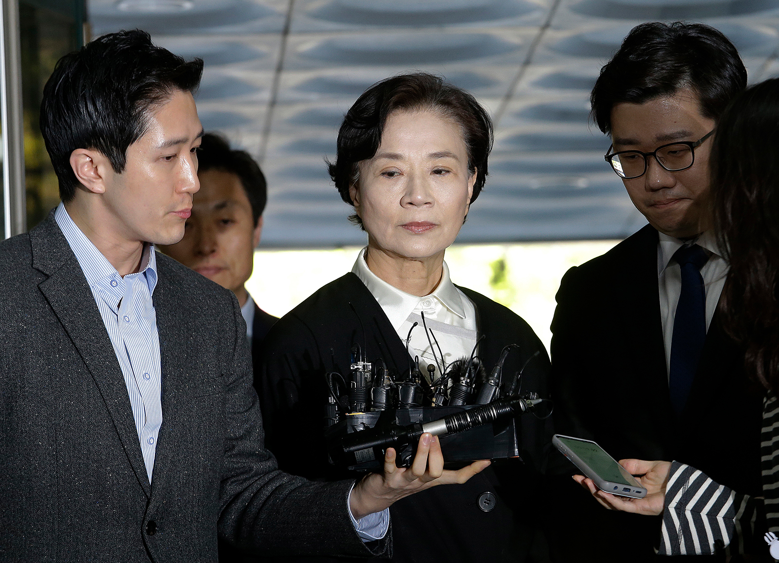 Korean Air matriarch receives suspended jail sentence for abusing domestic staff