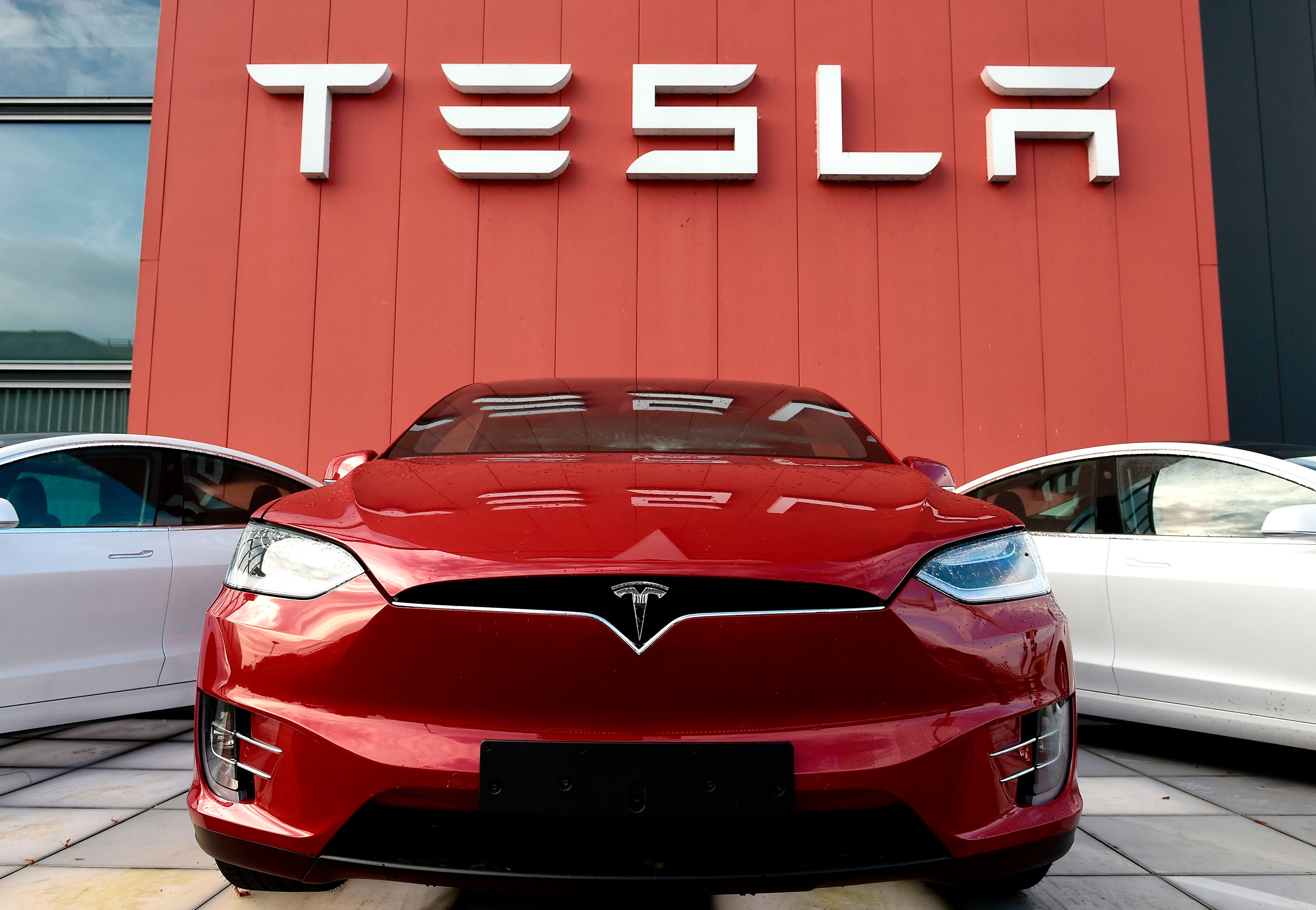 Tesla is now worth more than $1 trillion