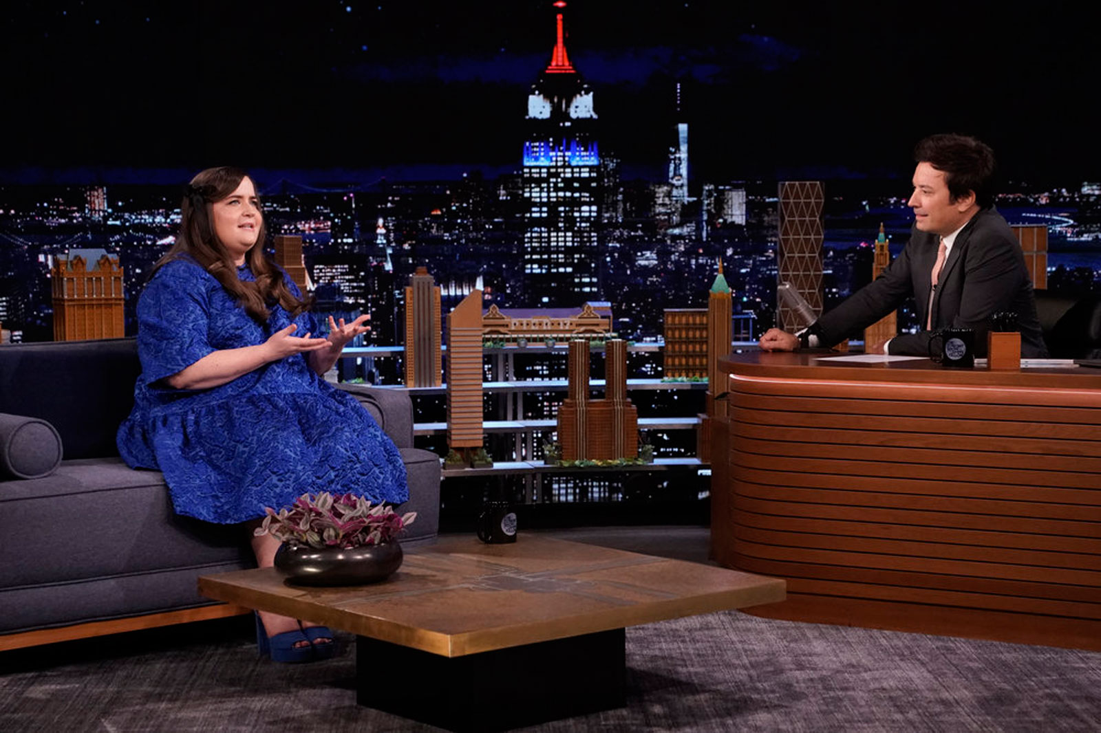 Aidy Bryant explains the 'raw terror' of performing the Electric Slide alone