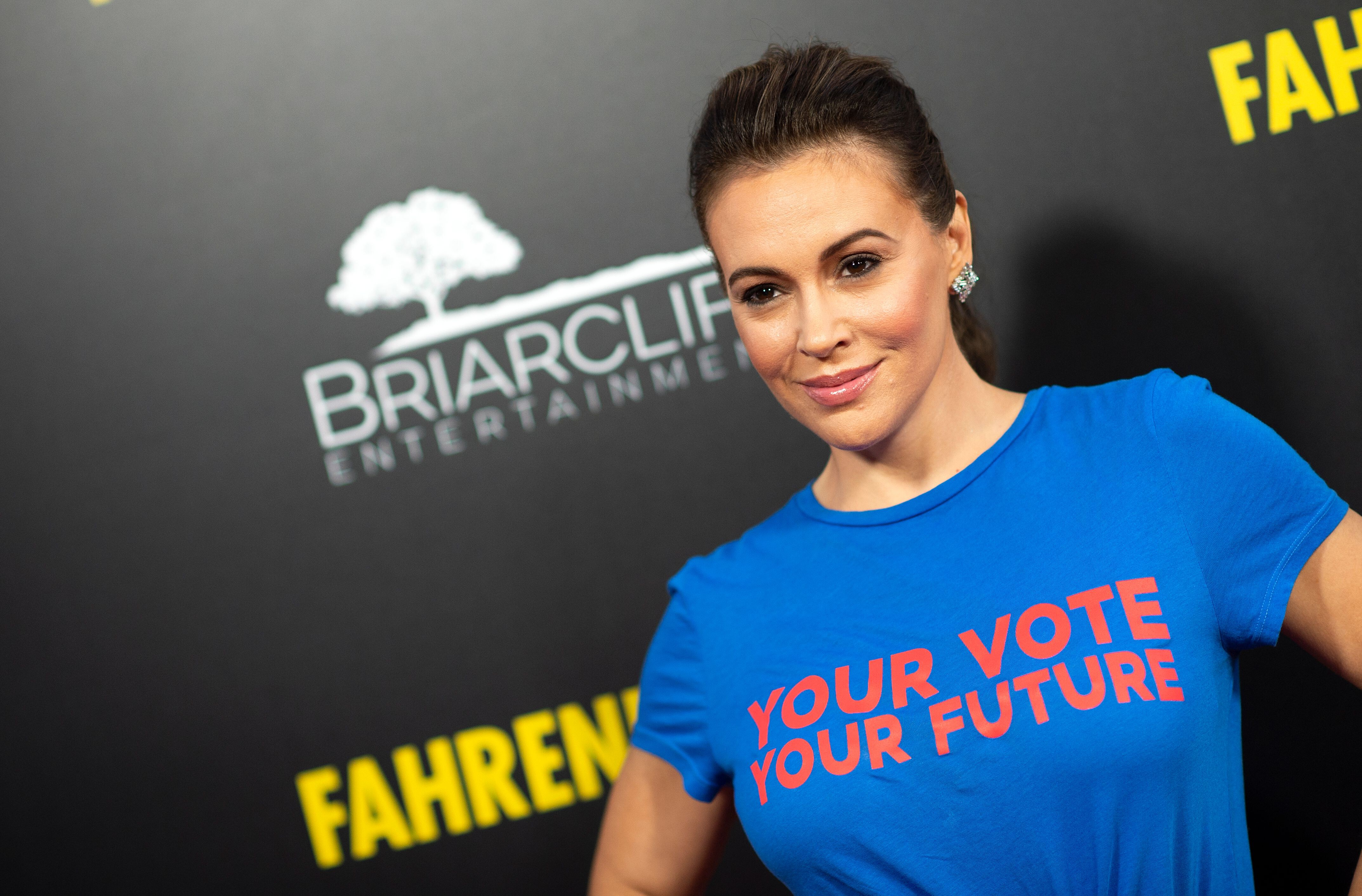 Alyssa Milano says her uncle is on life support following last week's car accident