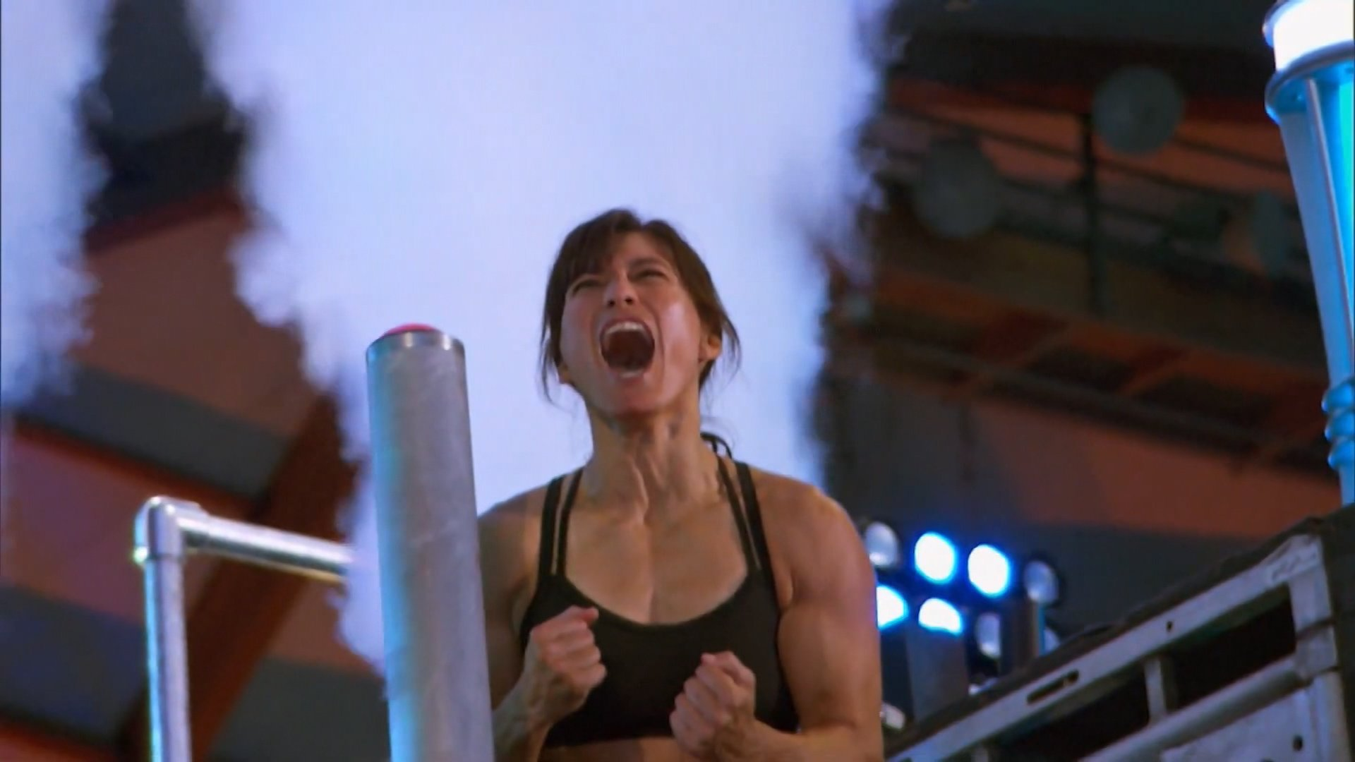 A 42-year-old woman became the first mother to conquer 'American Ninja Warrior' course