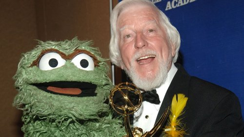 Image for Caroll Spinney, the Sesame Street puppeteer behind Big Bird and Oscar the Grouch, has died