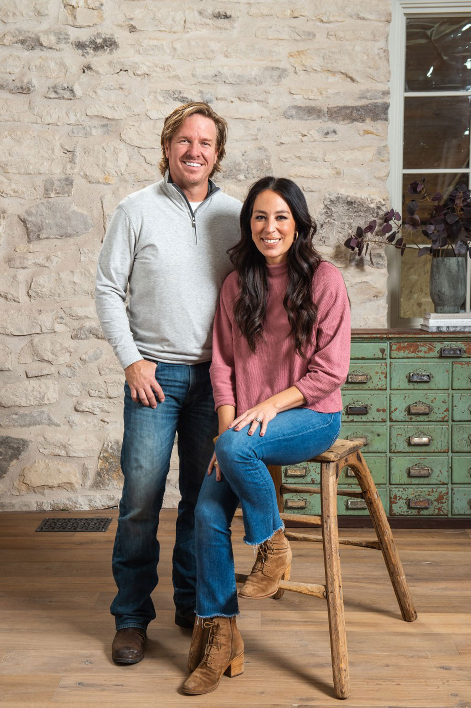 Chip and Joanna Gaines bringing 'Fixer Upper' back