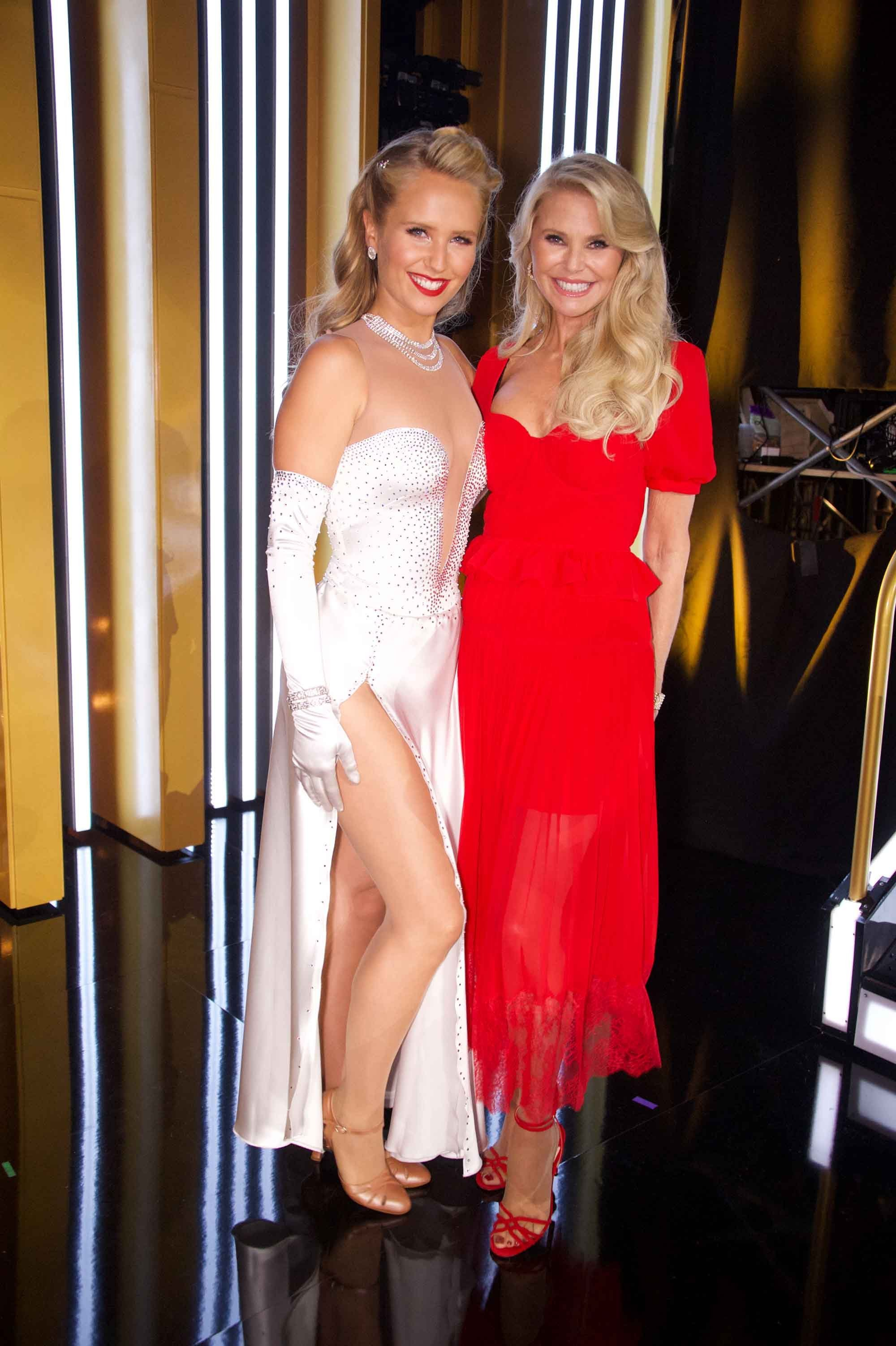 Christie Brinkley responds to Wendy Williams' claims she faked her 'DWTS' injury