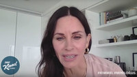 Courteney Cox says she doesn't even remember being on 'Friends'