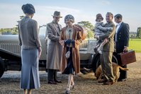 'Downton Abbey' reopens its doors in royal fashion