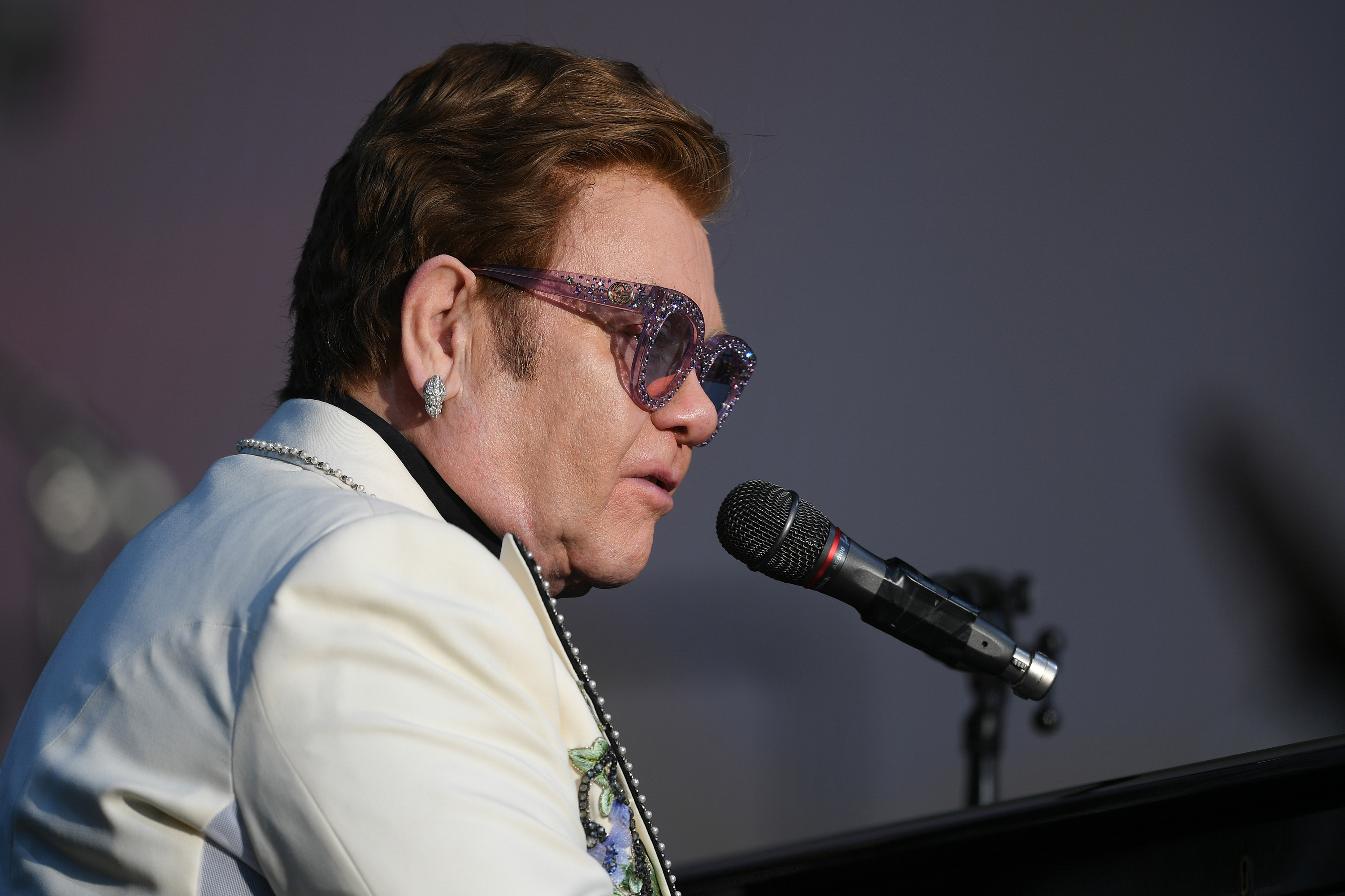 Elton John, celebrating 30 years of sobriety, says if he had never asked for help, he'd be dead