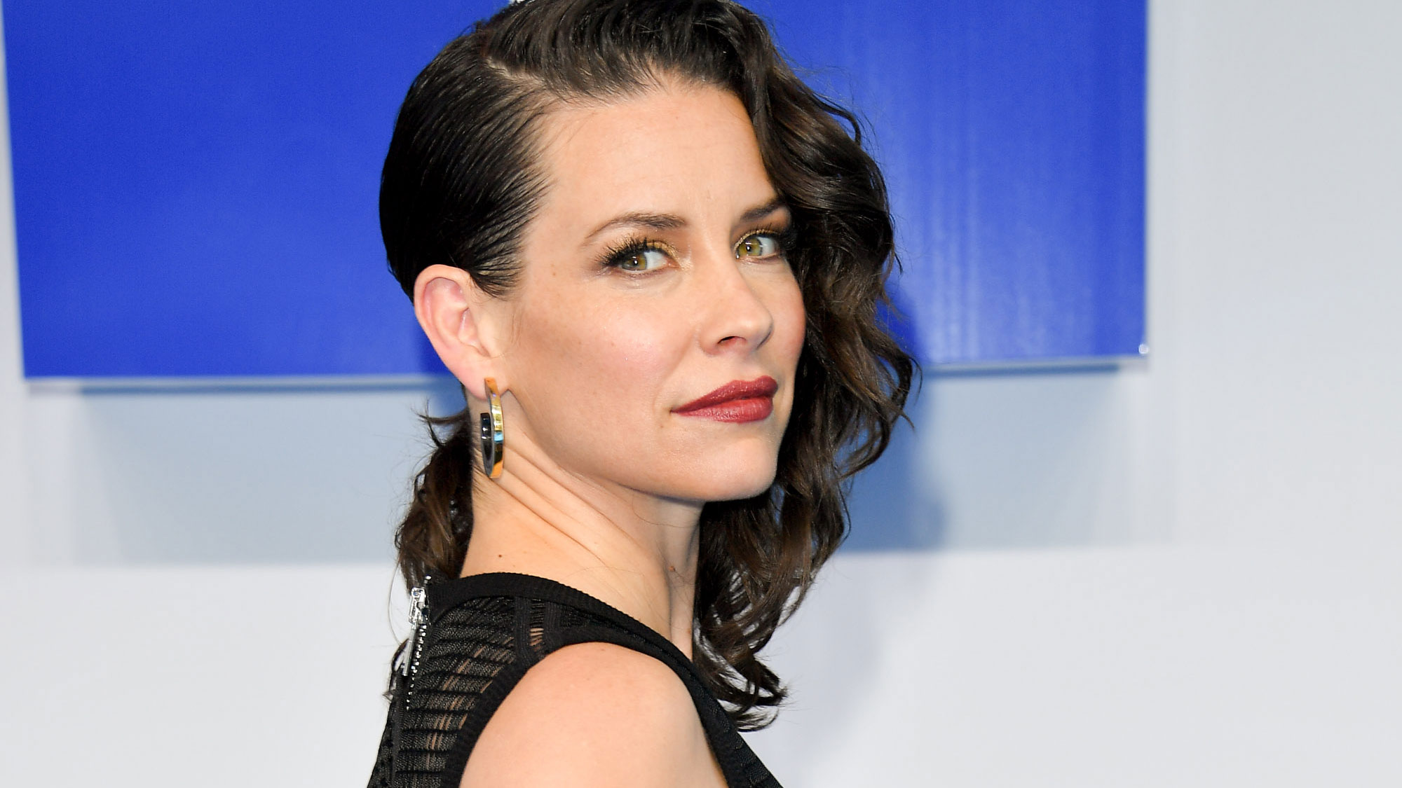 Evangeline Lilly apologizes for refusing to self-quarantine